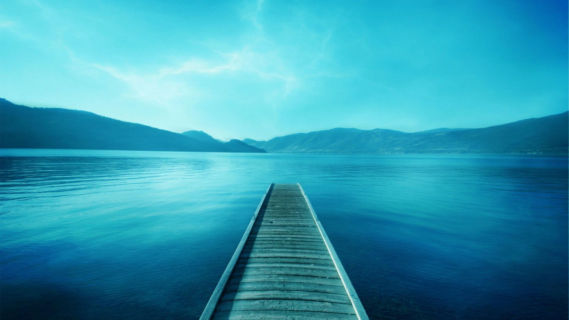 Image: http://www.desktopwallpaperhd.net/wallpapers/13/0/landscape-wallpapers-blue-138896.jpg