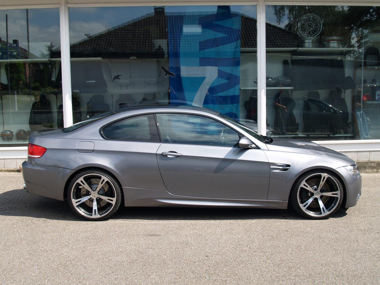 ... BMW 335i xDrive ...