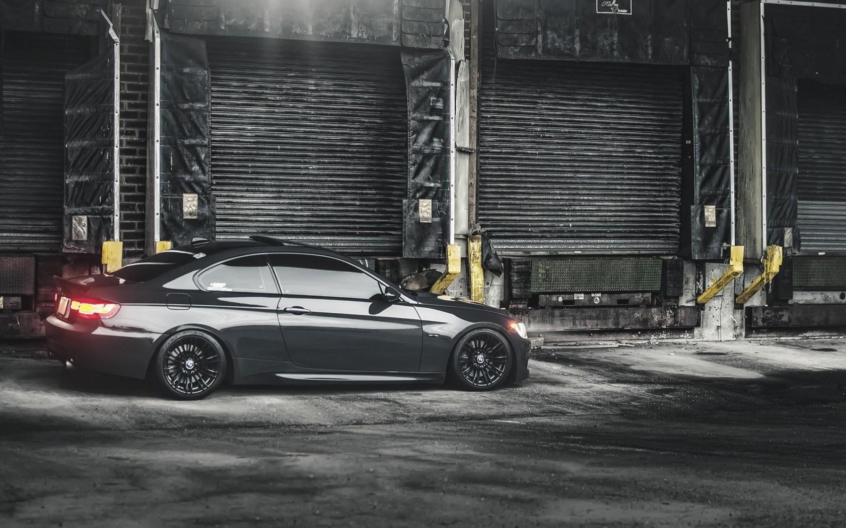 BMW E90 328i Car Side