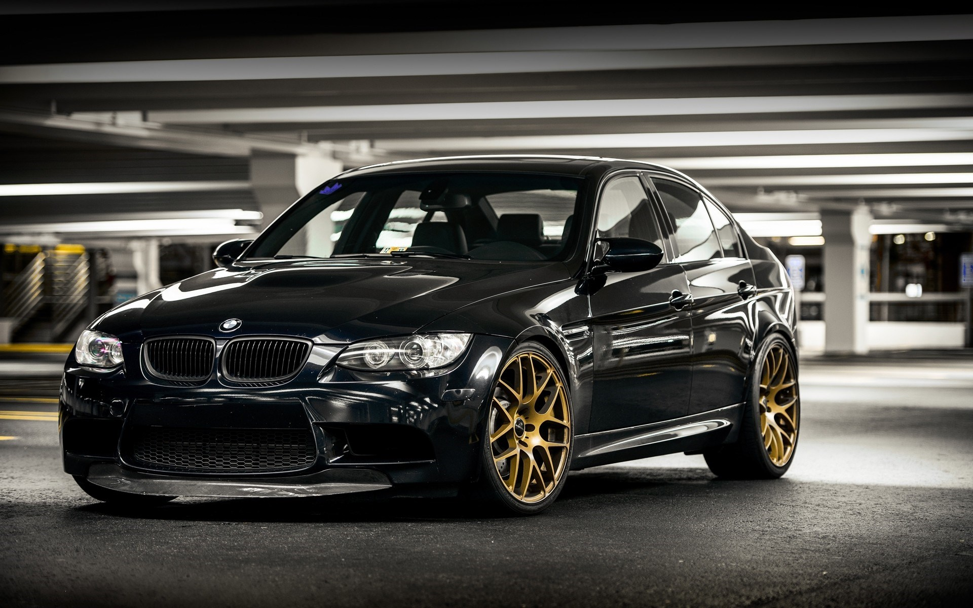 Bmw M3 E90 Parking Wallpaper 1920x1200 16165