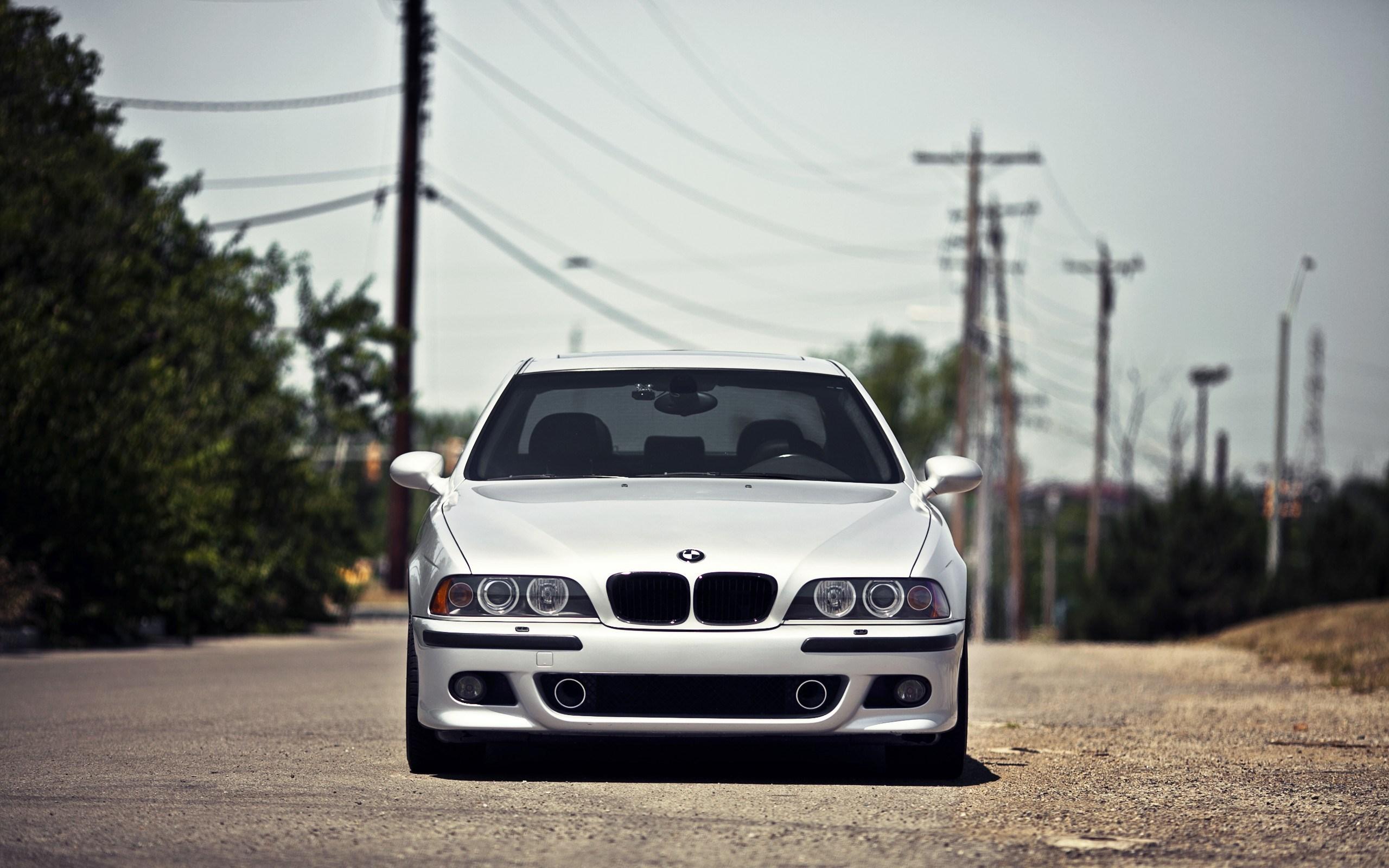 BMW M5 E39 Car Front