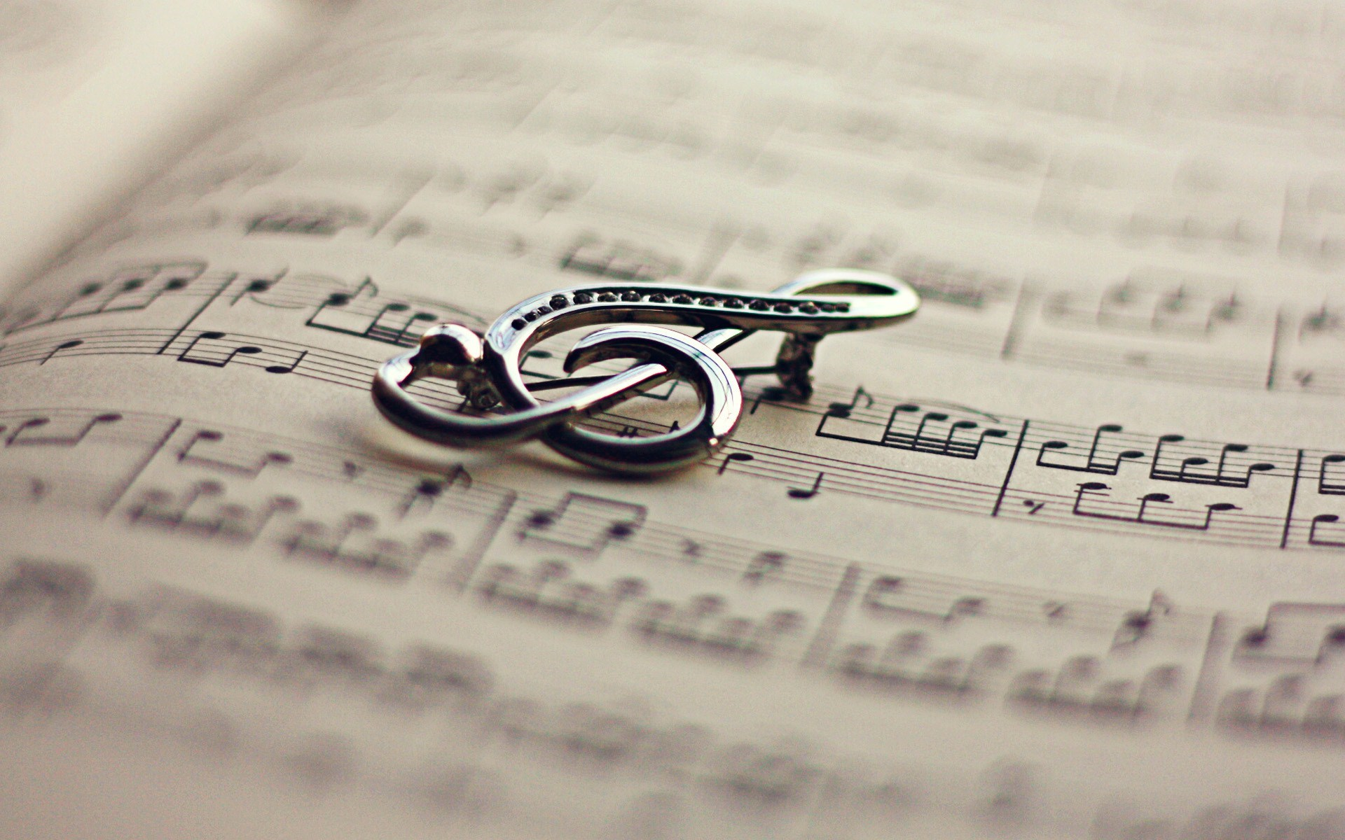 Book Violin Key Music Mood