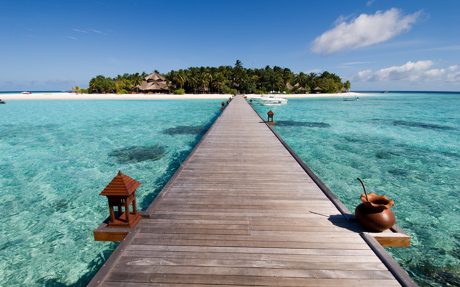 Bridge Tropical Island