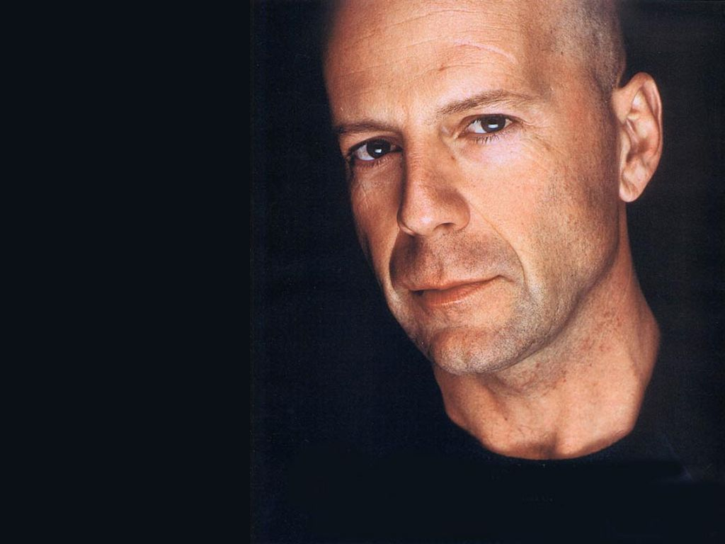 Original news : http://www.foodworldnews.com/articles/16023/20150309/stephen-king-revival-misery-adapted-to-broadway-bruce-willis-as-james-caan-character. ...
