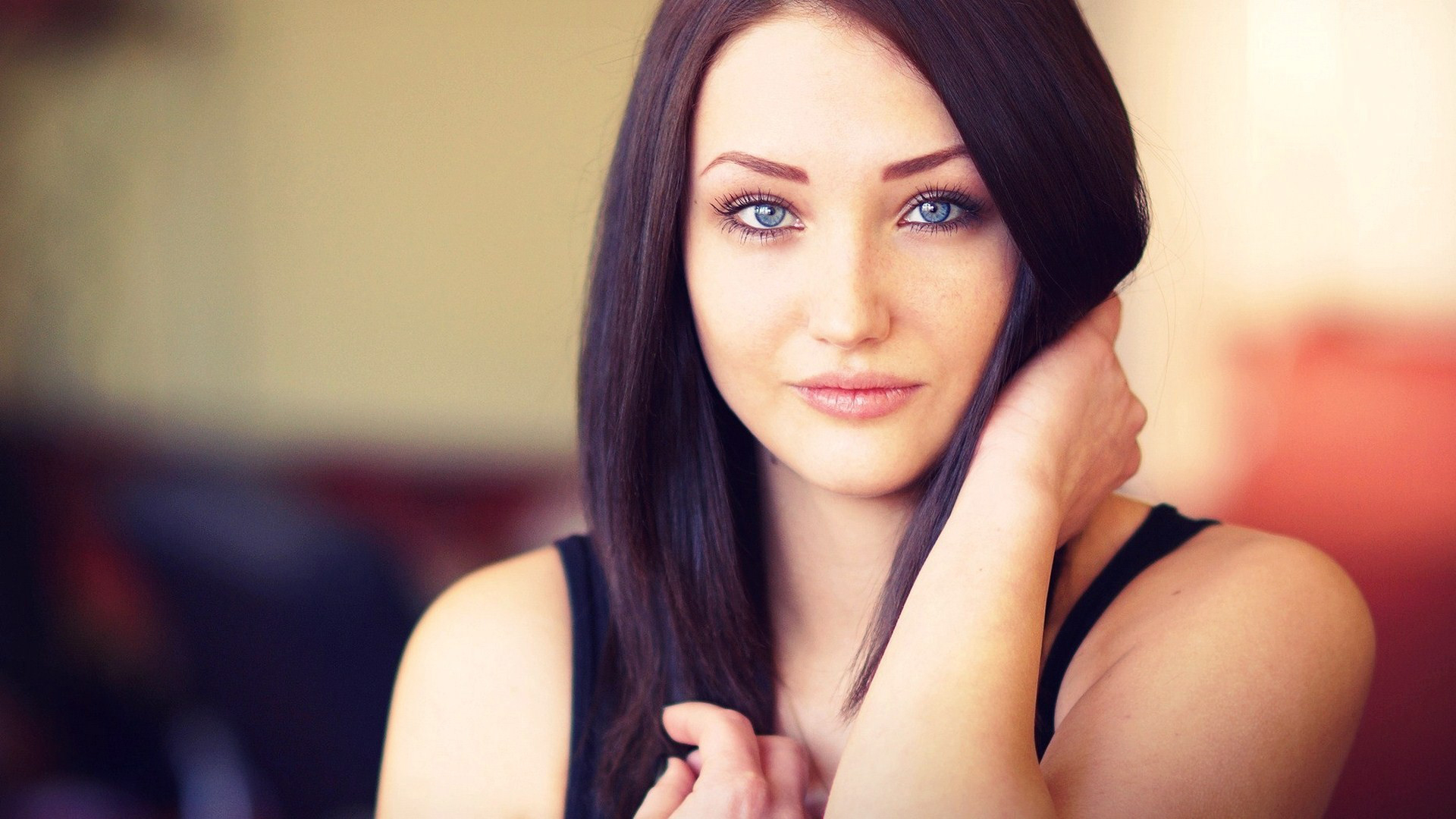 Brunette with blue eyes