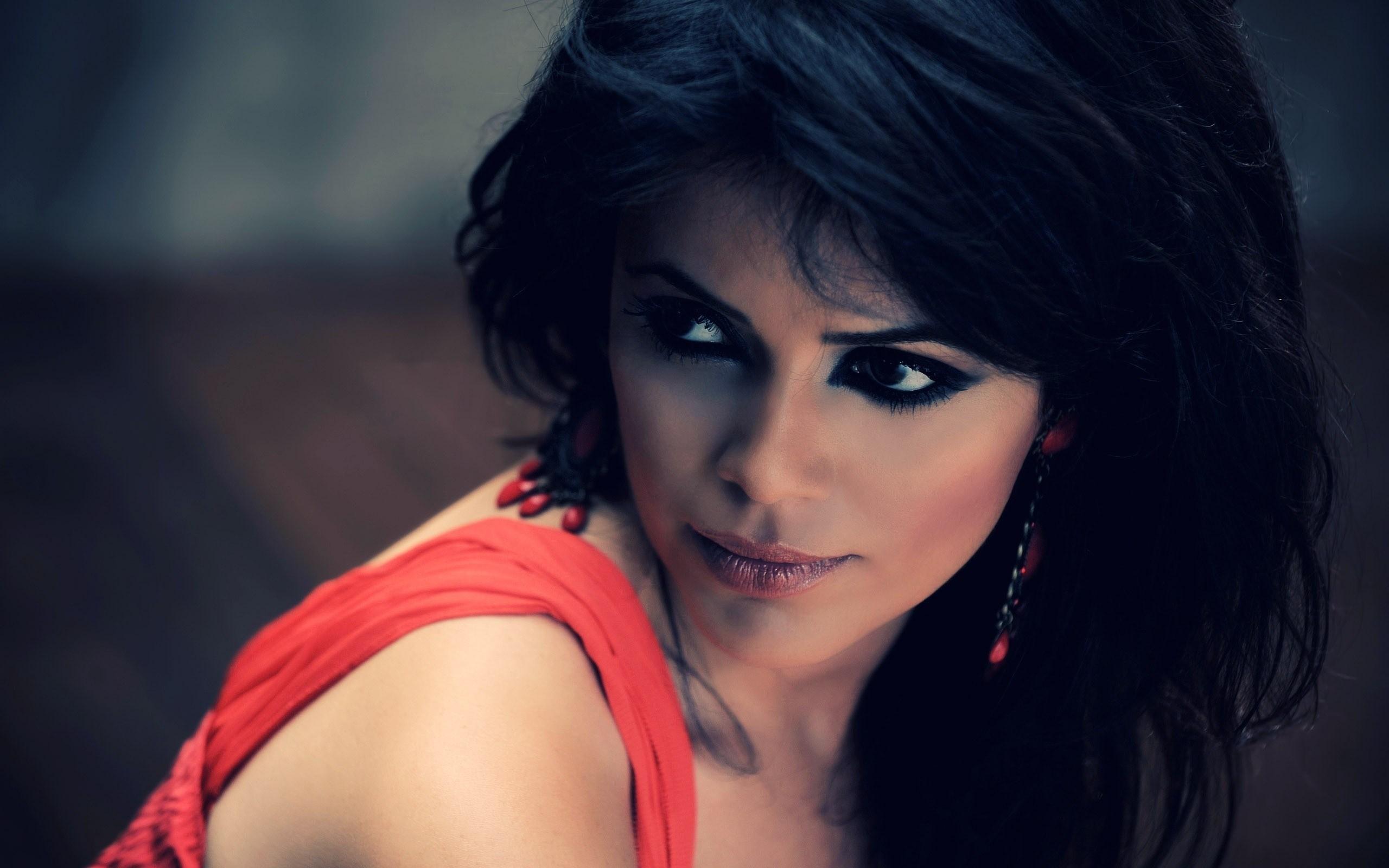 Brunette Yasmin Levy Israeli Singer Songwriter