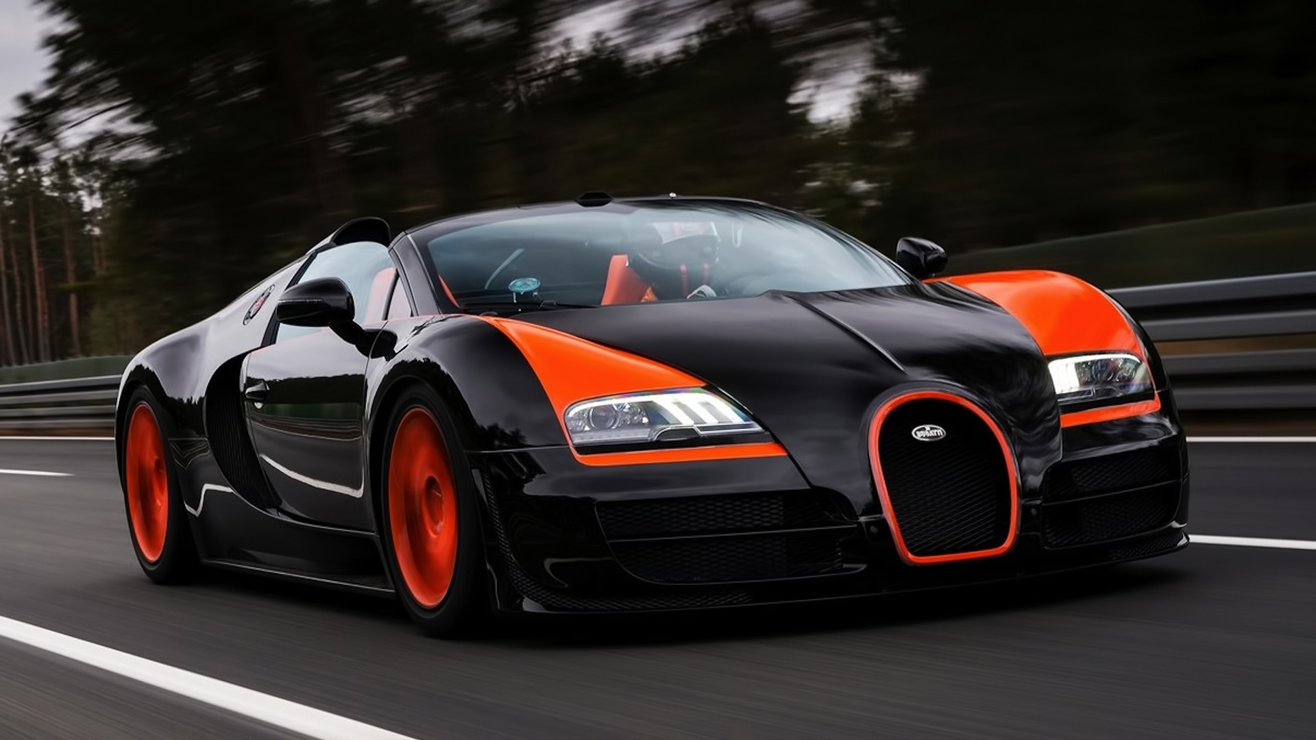 Bugatti Veyron- Photo#03