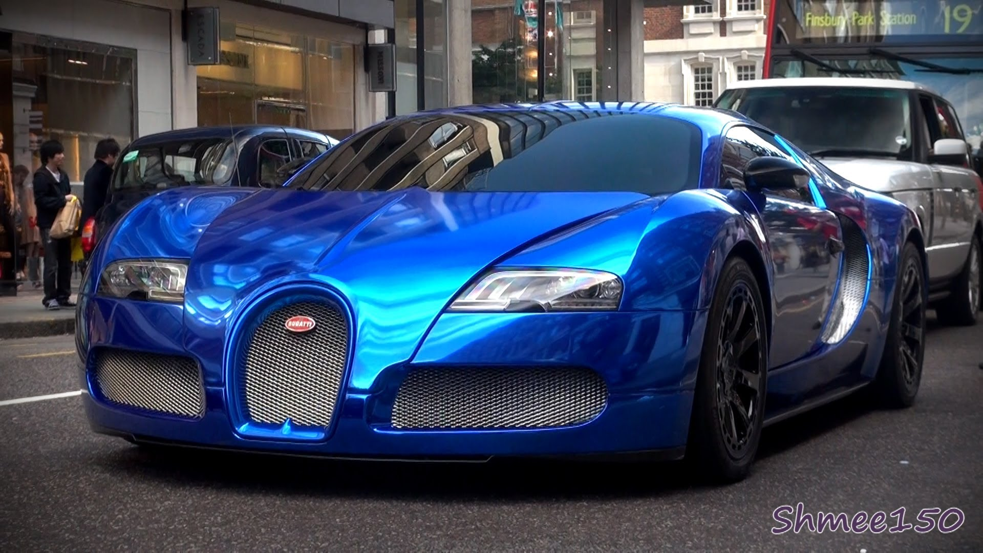 BLUE CHROME Bugatti Veyron Centenaire - Driving in London