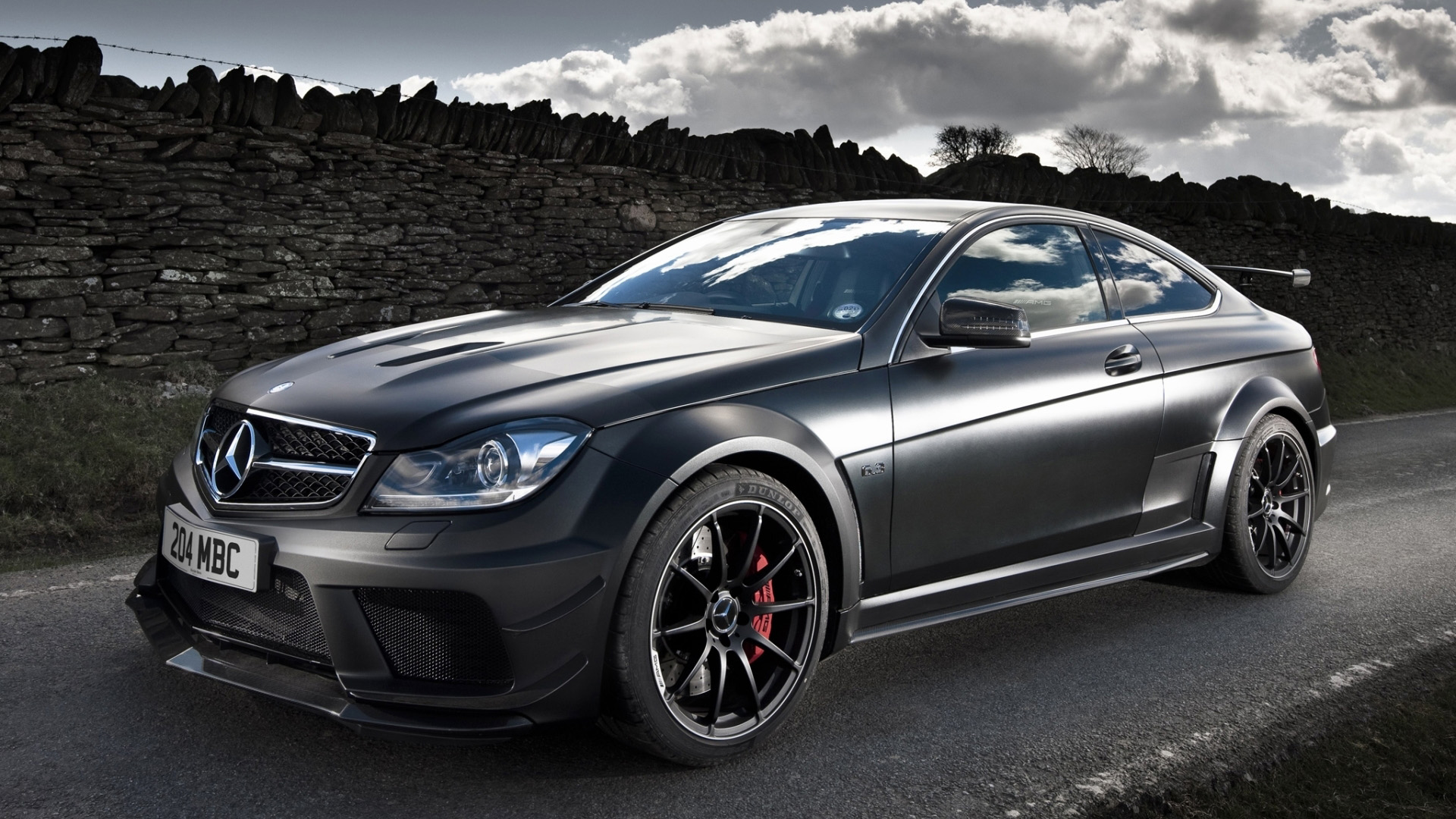 Mercedes C63 Amg images of desktop