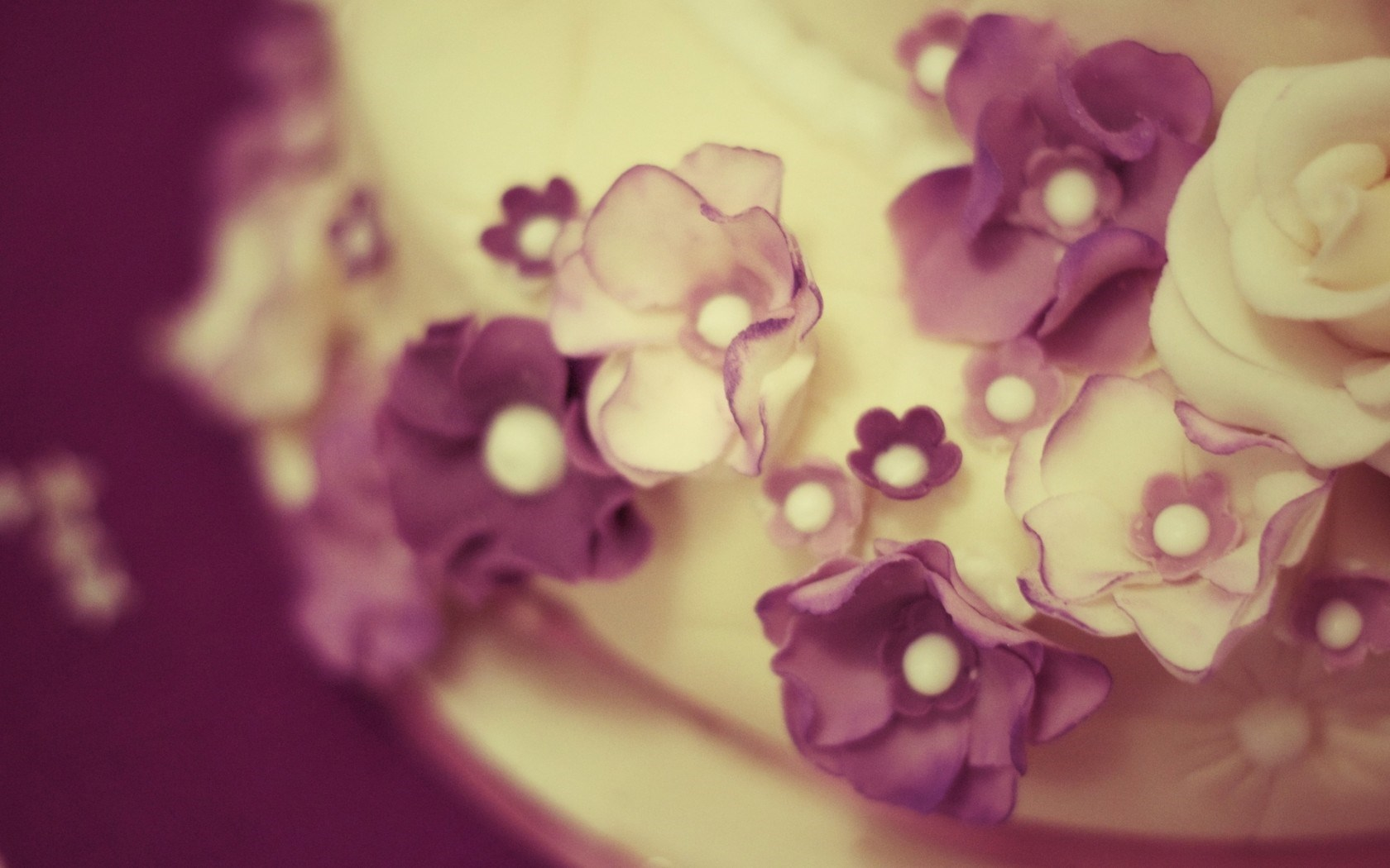 Cake Close-Up Flowers Purple White