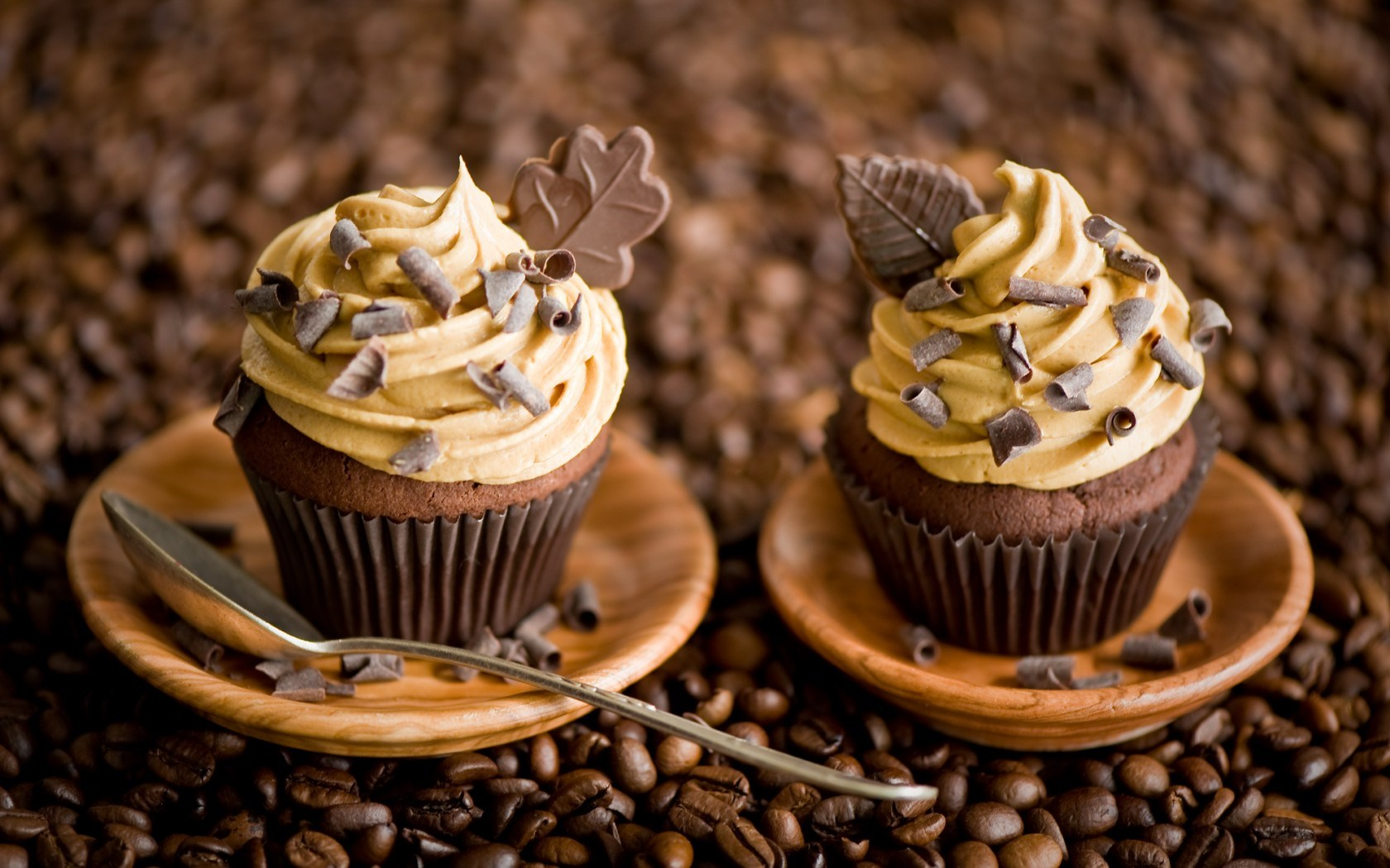 Cupcakes Chocolate Leaves Cream Dessert Coffee