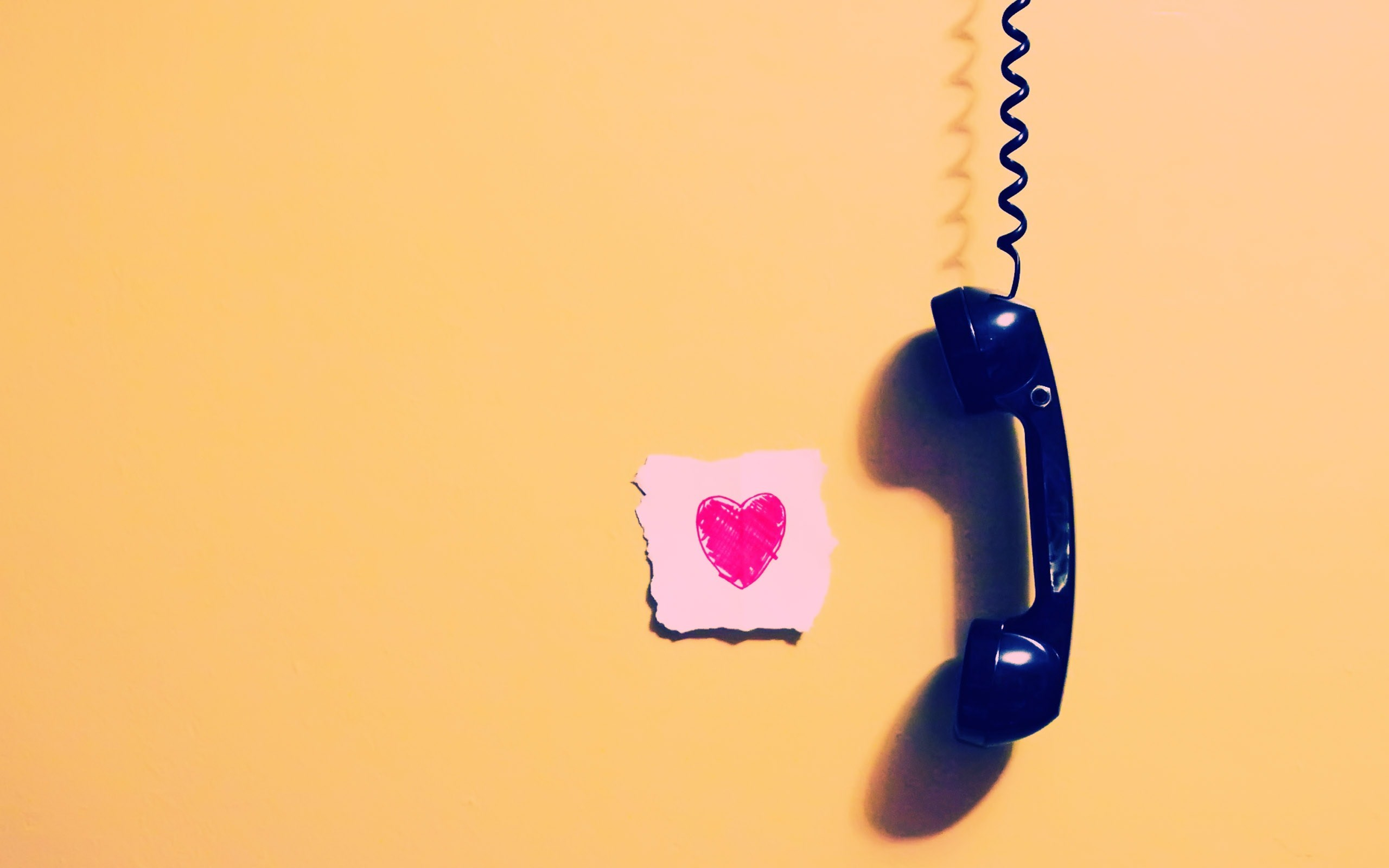 Love Wallpaper For My Phone : calling My Girlfriend Pink Heart Love wallpaper 2560x1600 #27927