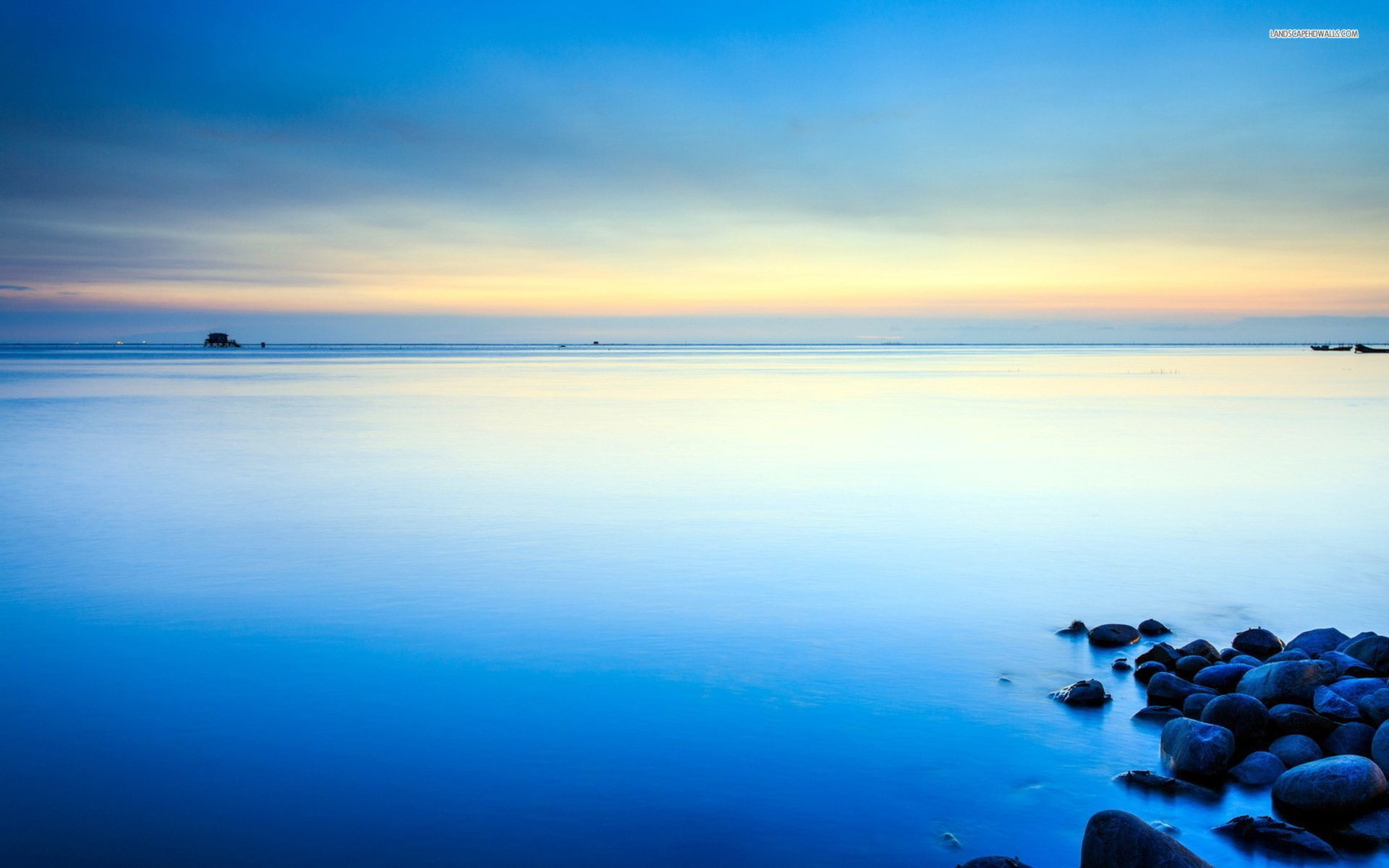 Calm ocean Wallpaper