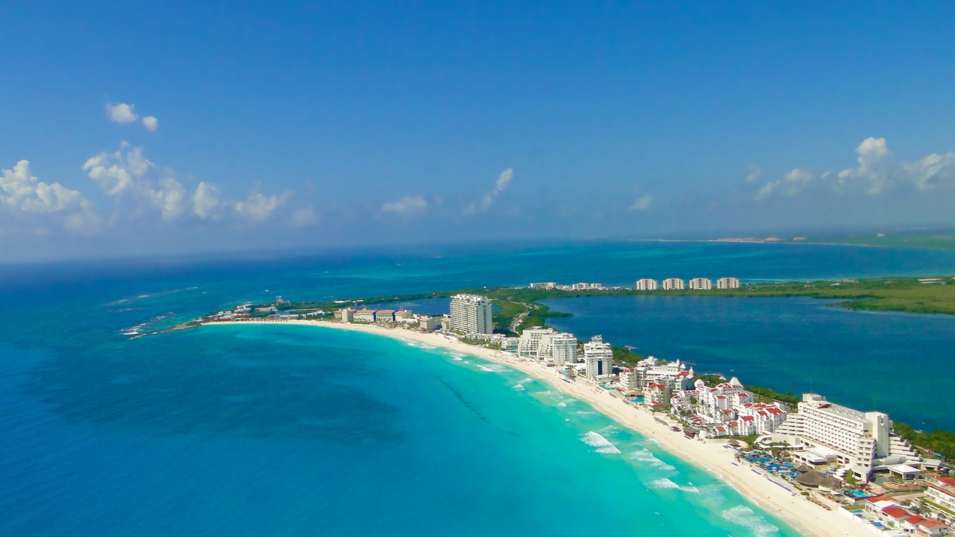 Beautiful Cancun Beach Pictures