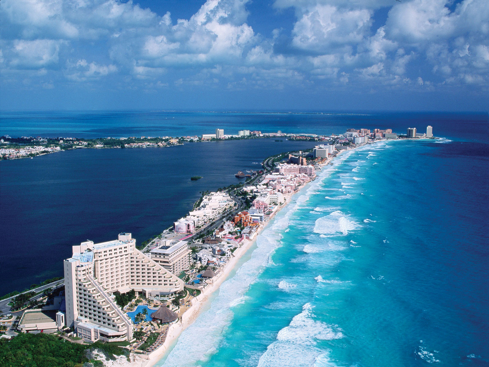 Cancun Wallpaper