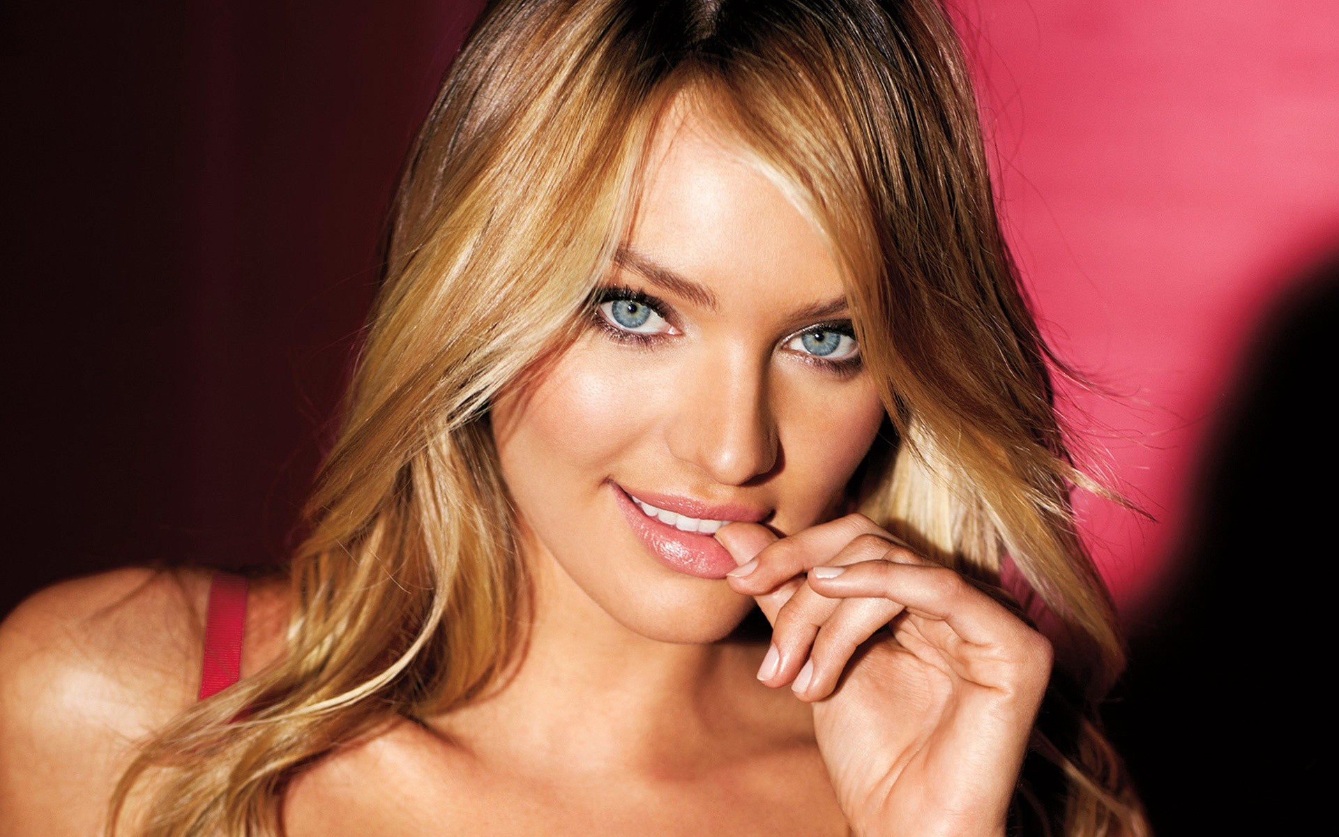 Candice swanepoel model