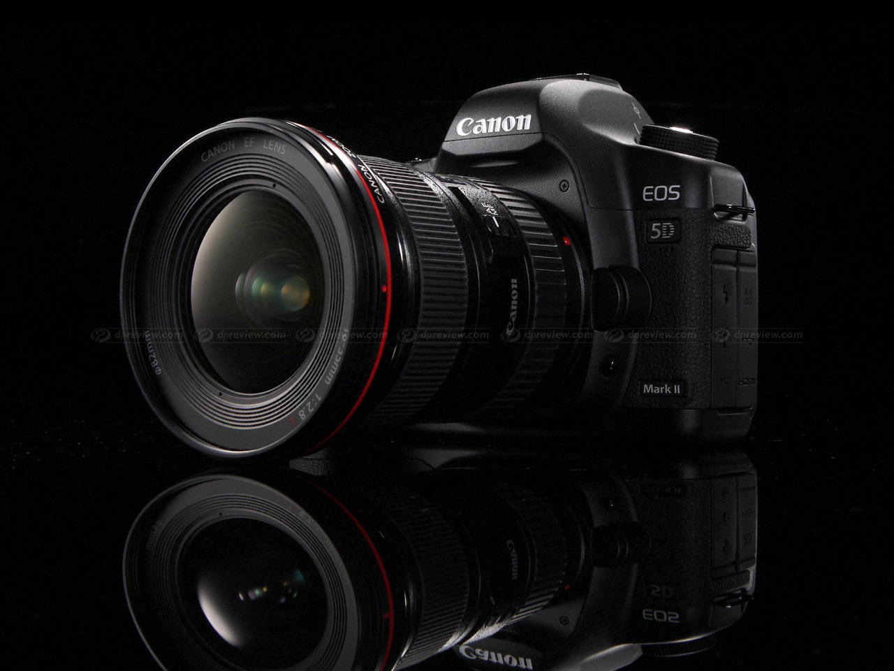 ... Canon EOS 5D Mark II ...