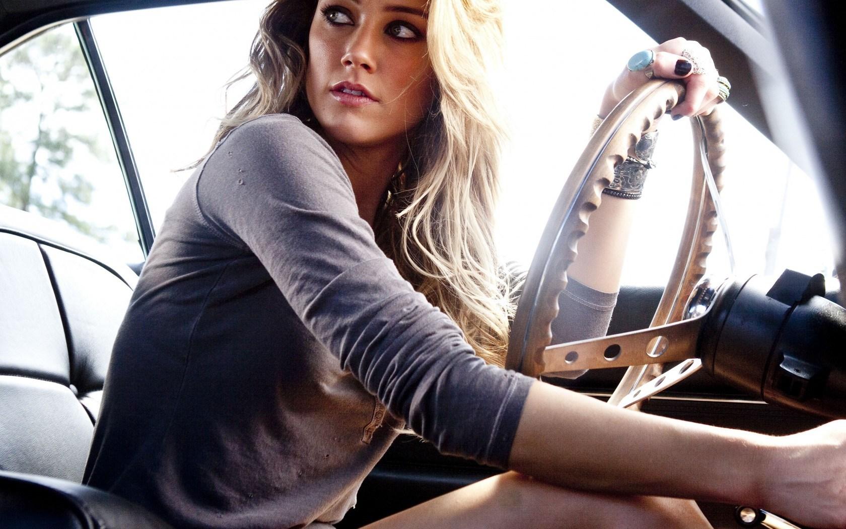 Car Amber Heard Actress Blonde Girl