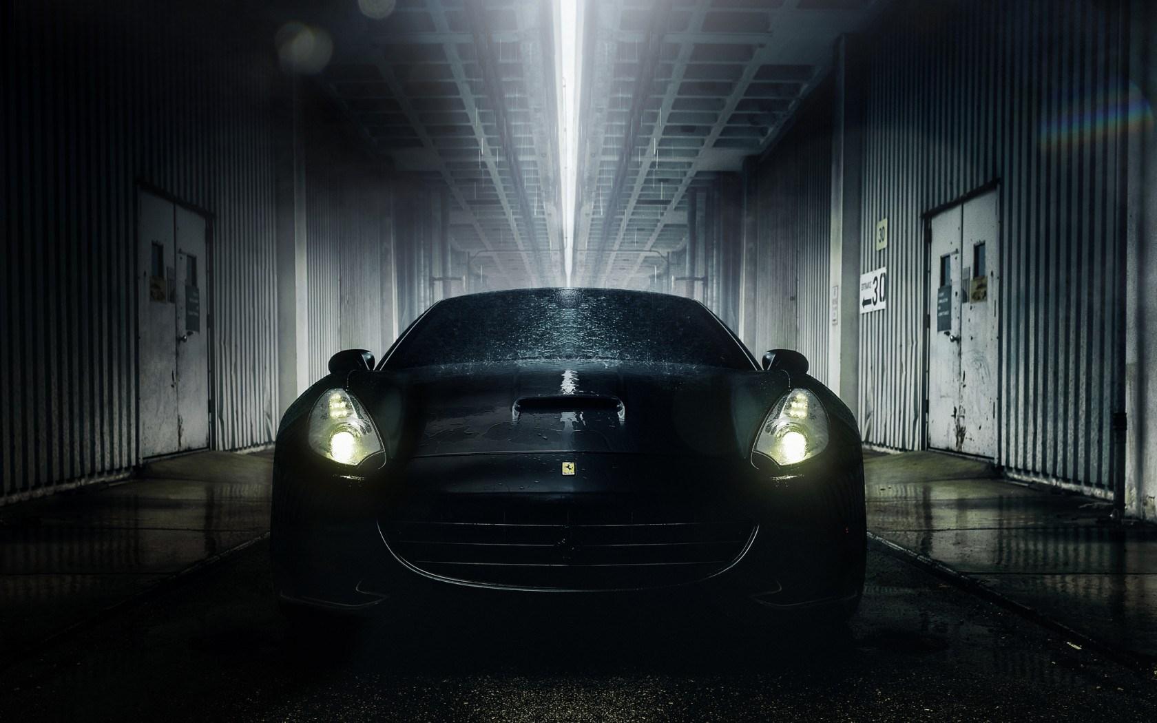 Car Ferrari California Wet Drops