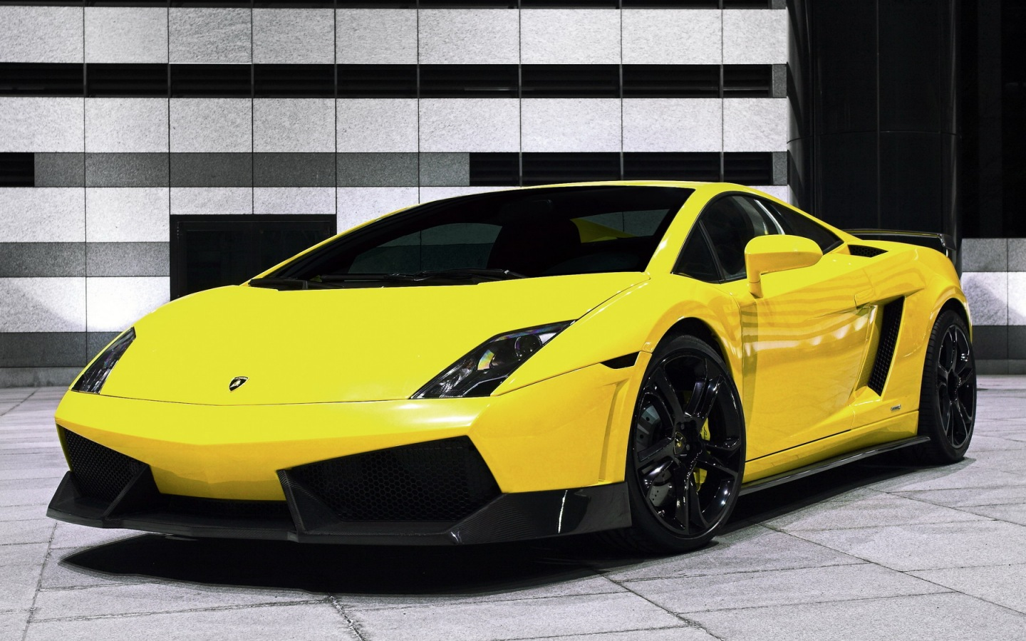 Car Lamborghini Gallardo LP560-4