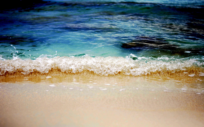 Caribbean beach waves
