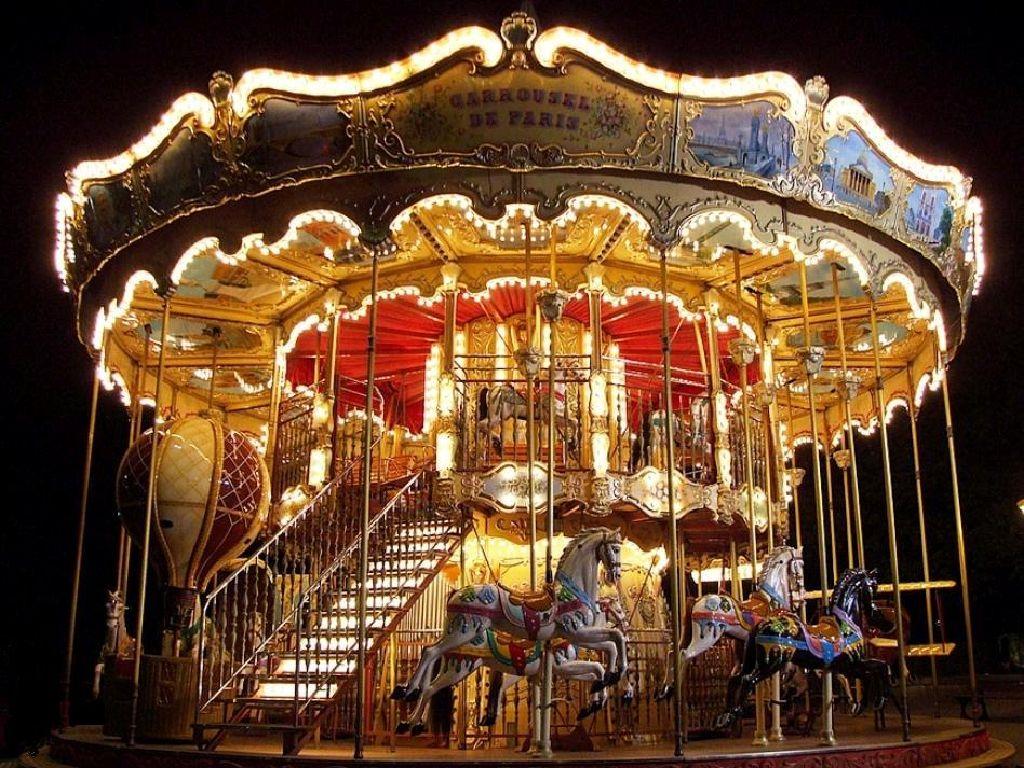 The carousel fun night 1024x768