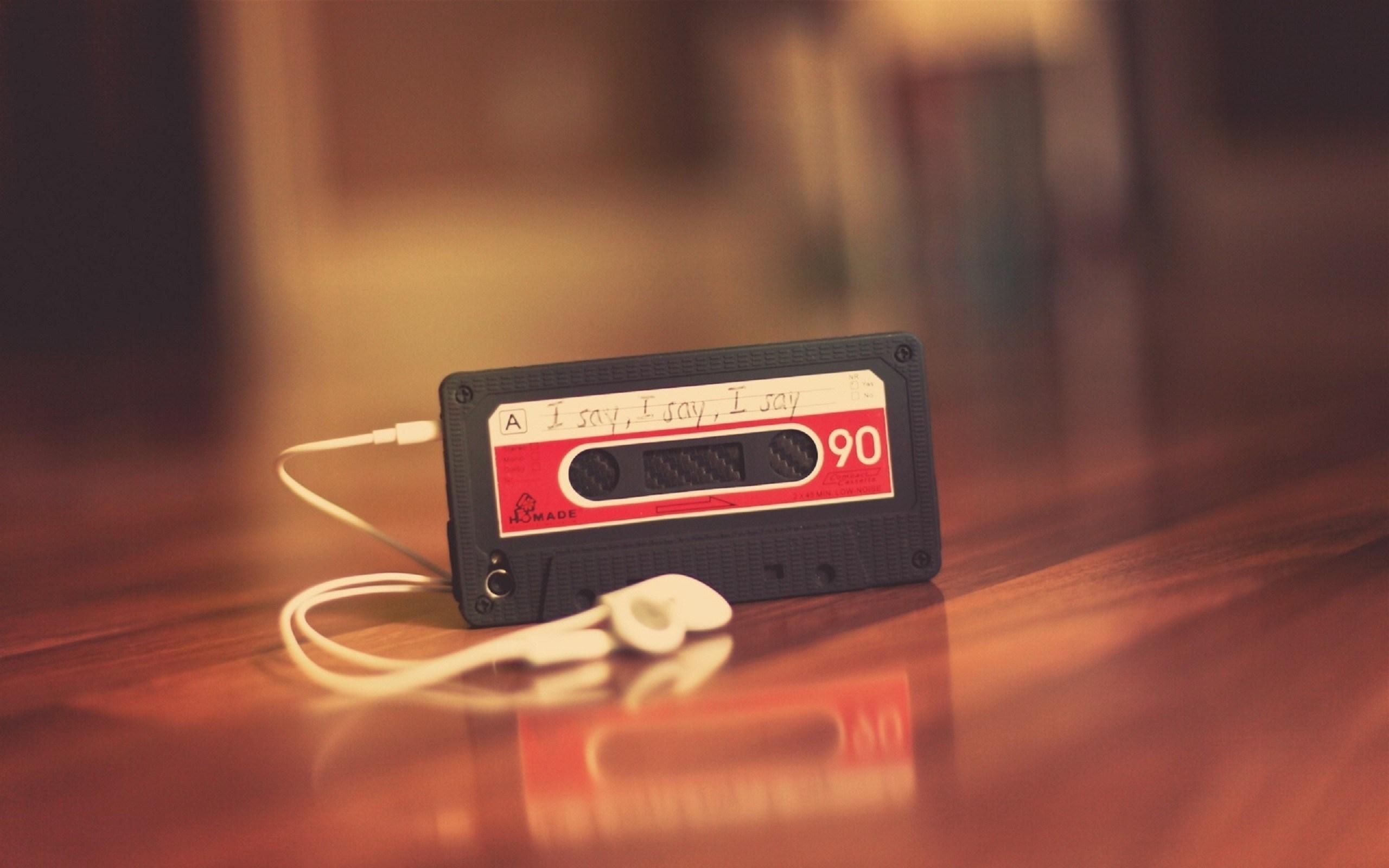 Cassette Player Headphones Music Mood Photo Wallpaper 2560x1600 28645
