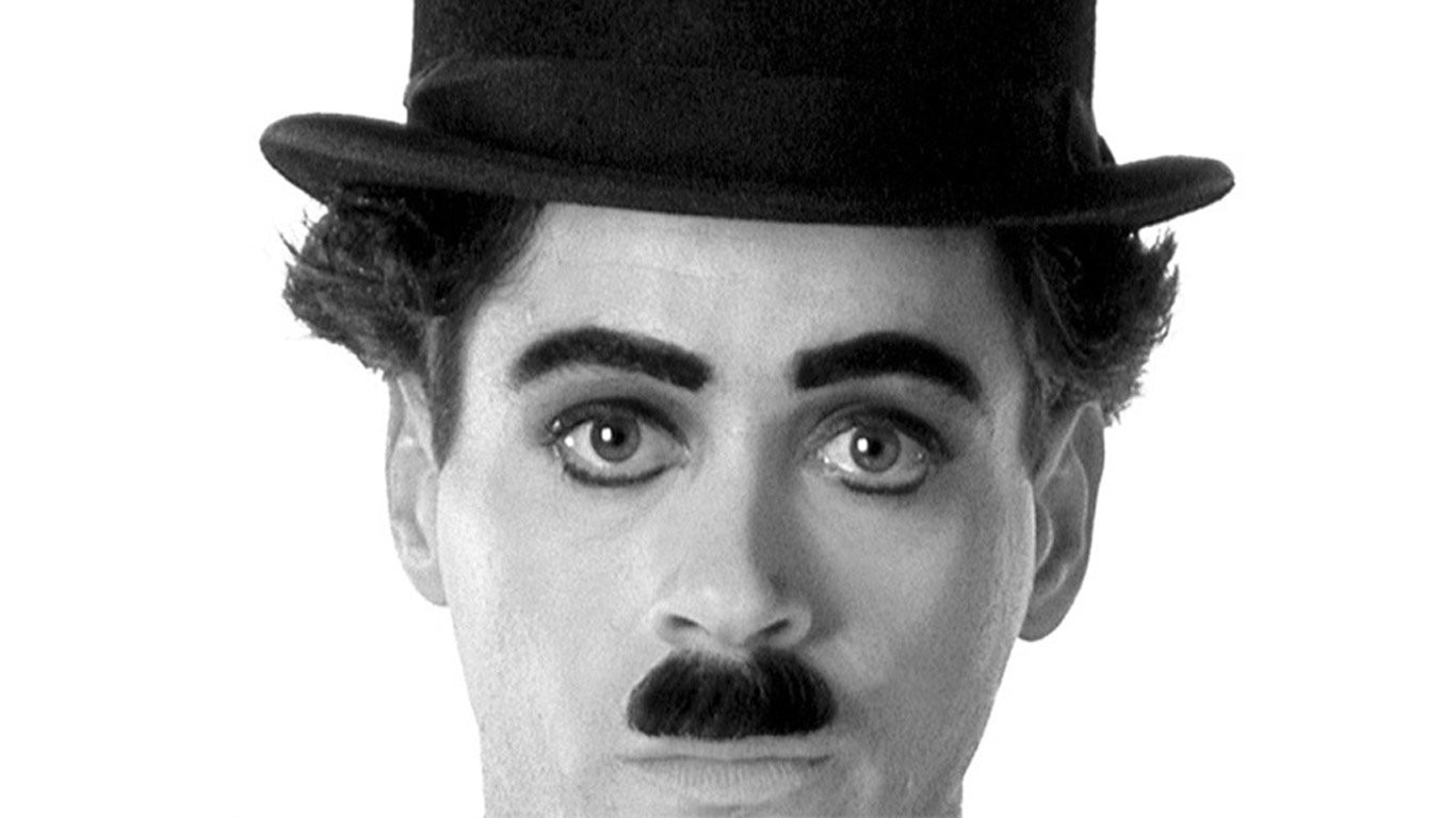essay on charlie chaplin The little tramp works in a futuristic factory tightening bolts that pass by on a conveyor belt one day he has a nervous breakdown from the stress of his job and.