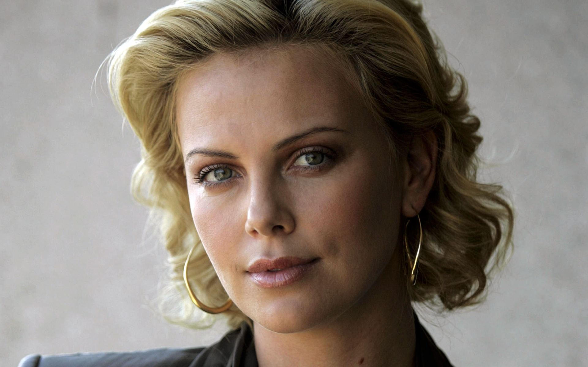 It's difficult to imagine a scenario where there isn't a good amount of Oscar talk surrounding Charlize Theron's work in the ...
