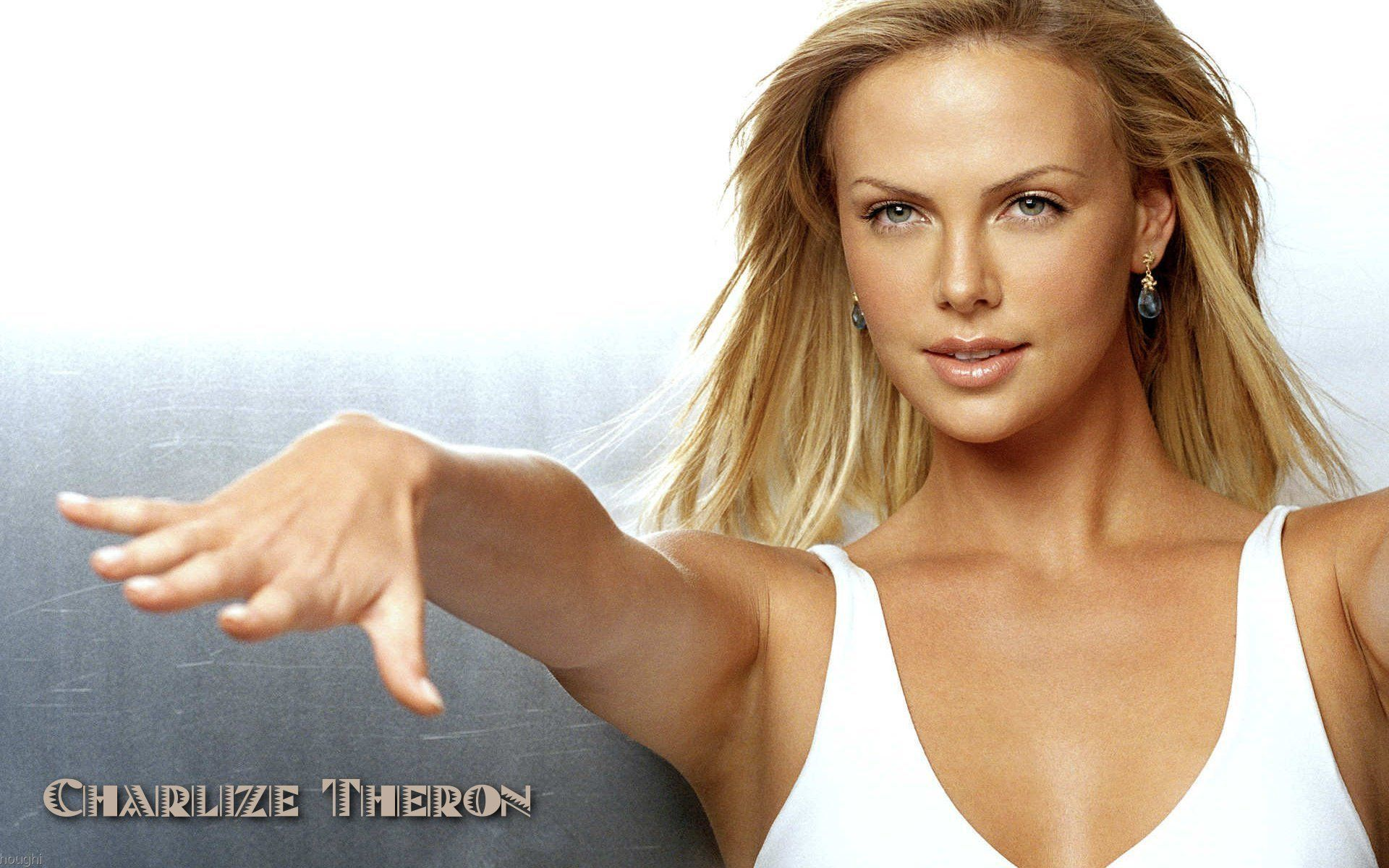 Charlize Theron 33 Thumb