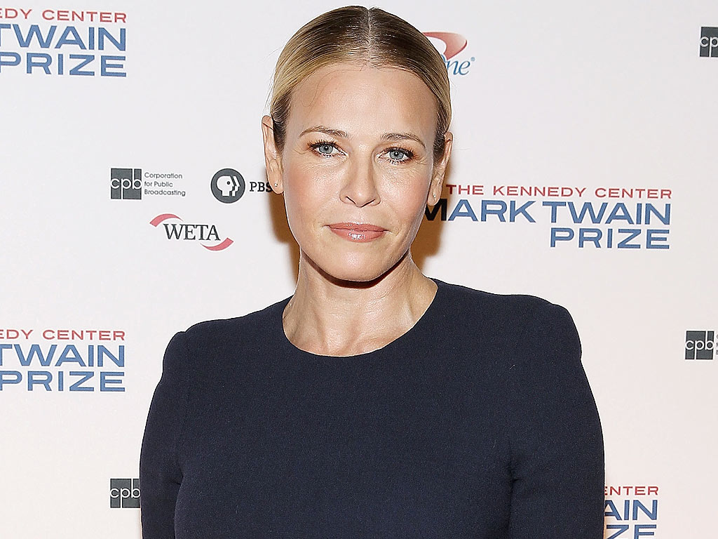 Chelsea Handler Accuses Instagram of Sexism for Yanking Her Topless Photo