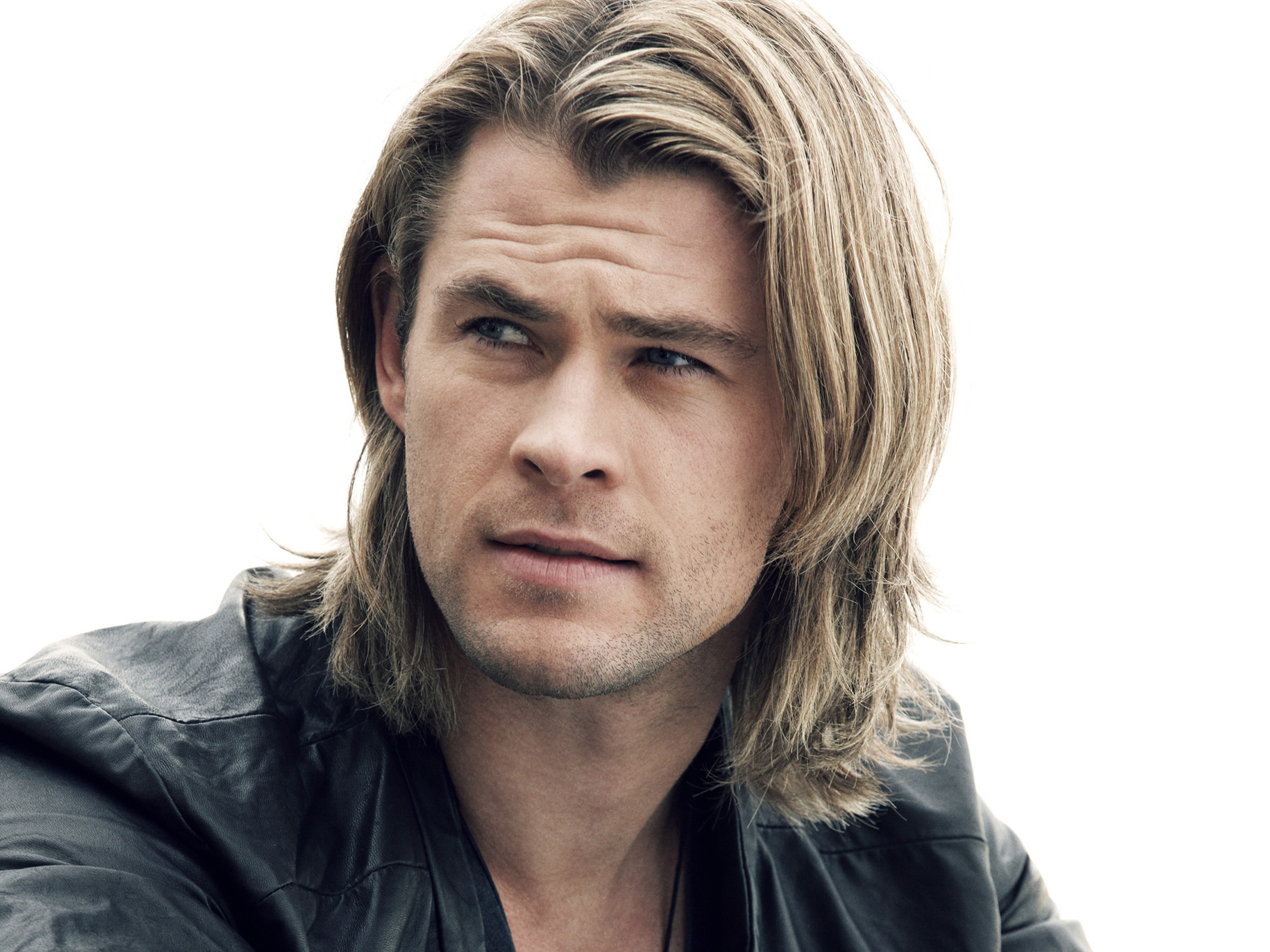 Chris-Hemsworth