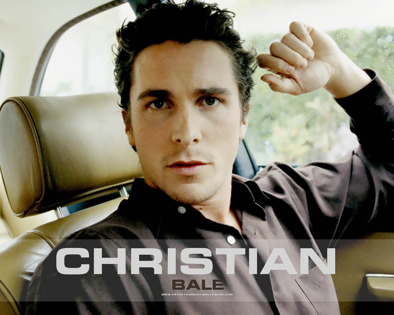 Christian Bale Wallpaper – 1280 x 1024 pixels – 198 kB