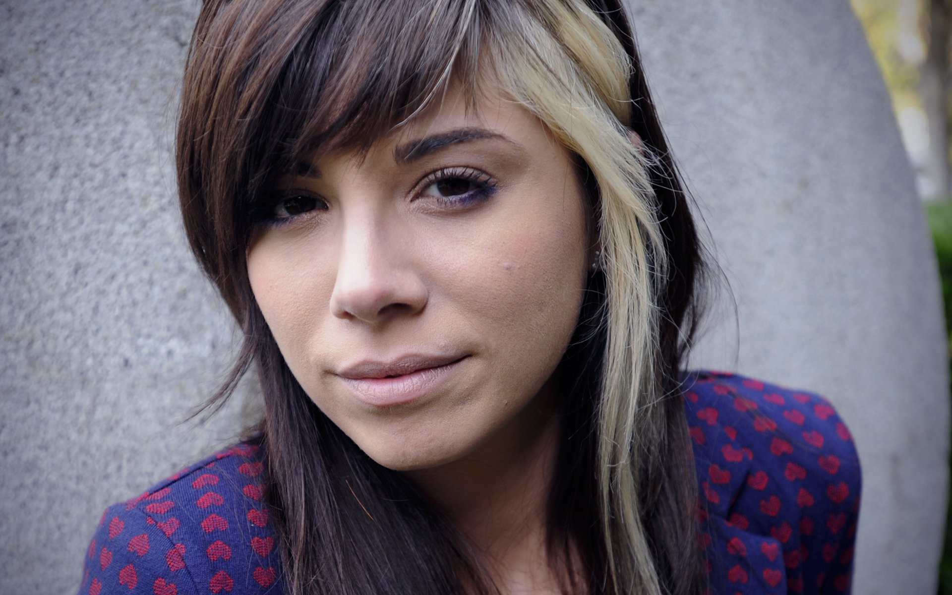During the summer of 2010, Christina Perri — a 23-year-old café waitress who'd been moonlighting as an unsigned songwriter — went from obscurity to the ...