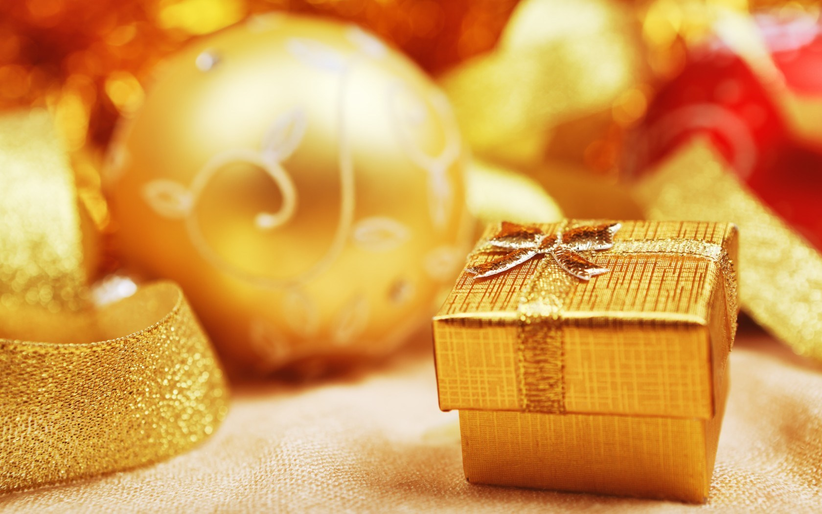 Christmas Ball Gift Gold Winter New Year