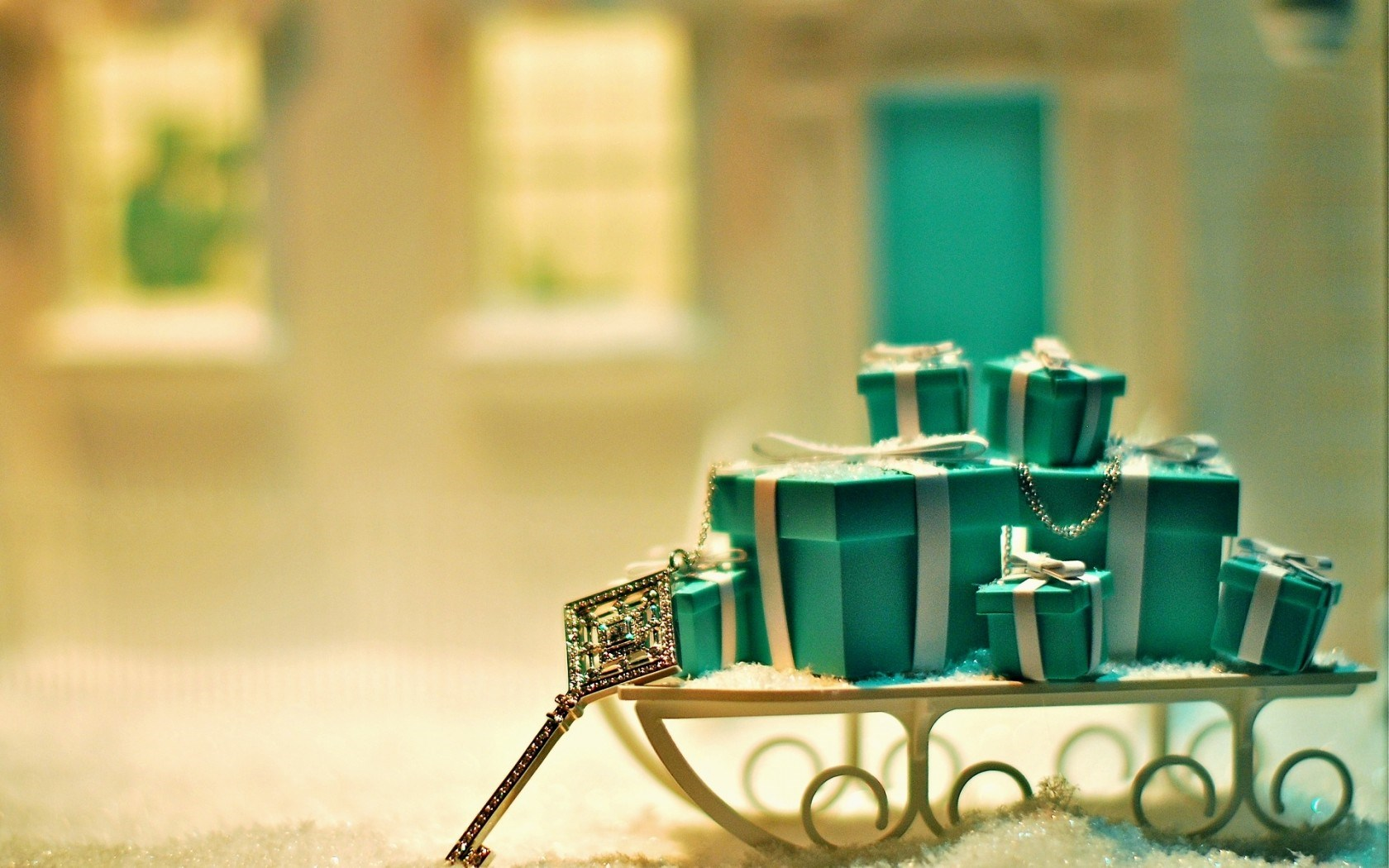 Christmas Gifts Key Sledge Snow Winter