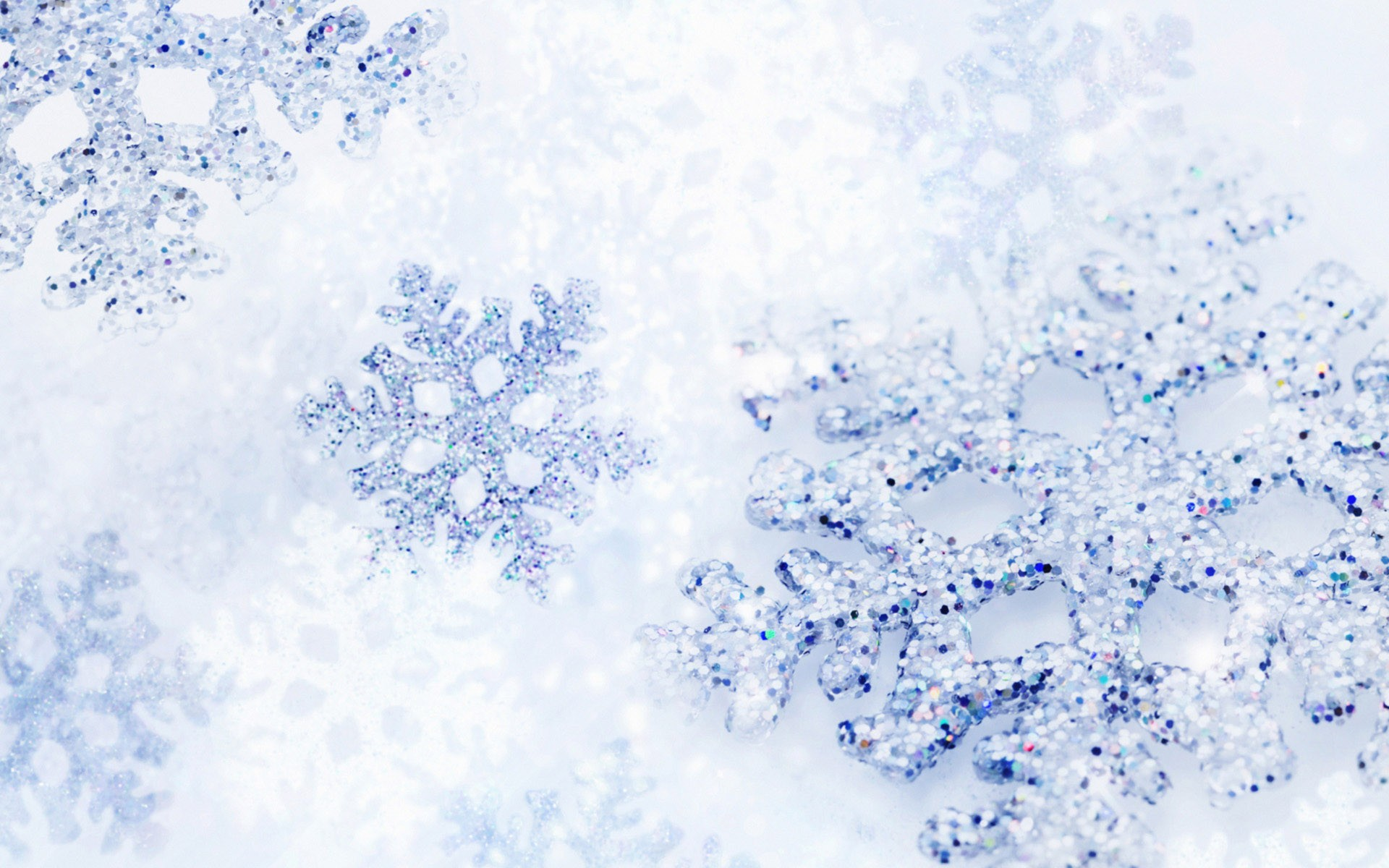 View And Download Christmas Snow Wallpapers ...