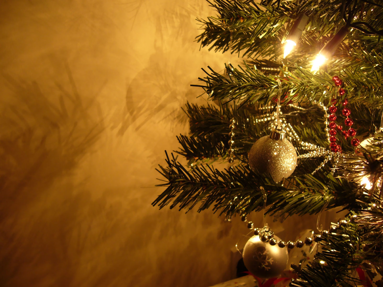 Christmas Tree Background HD Wallpapers