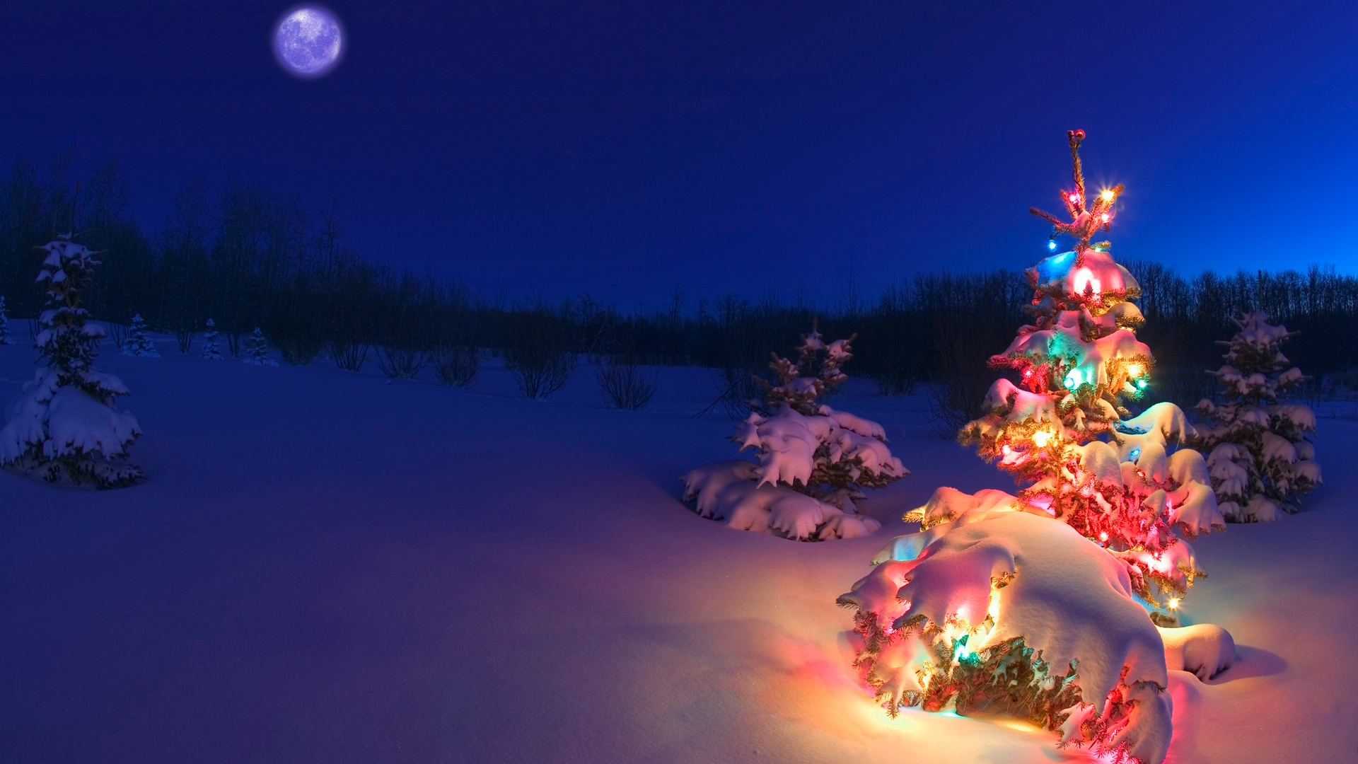 Christmas HD wallpaper for download in laptop