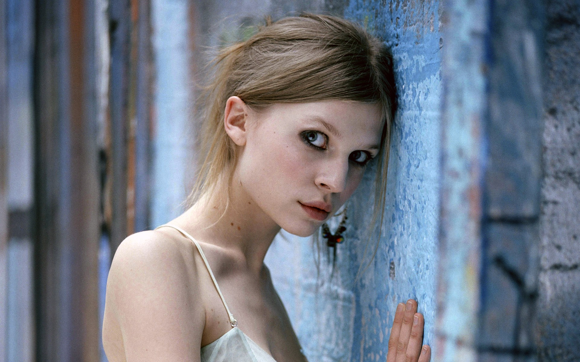 Clemence Poesy Clemence
