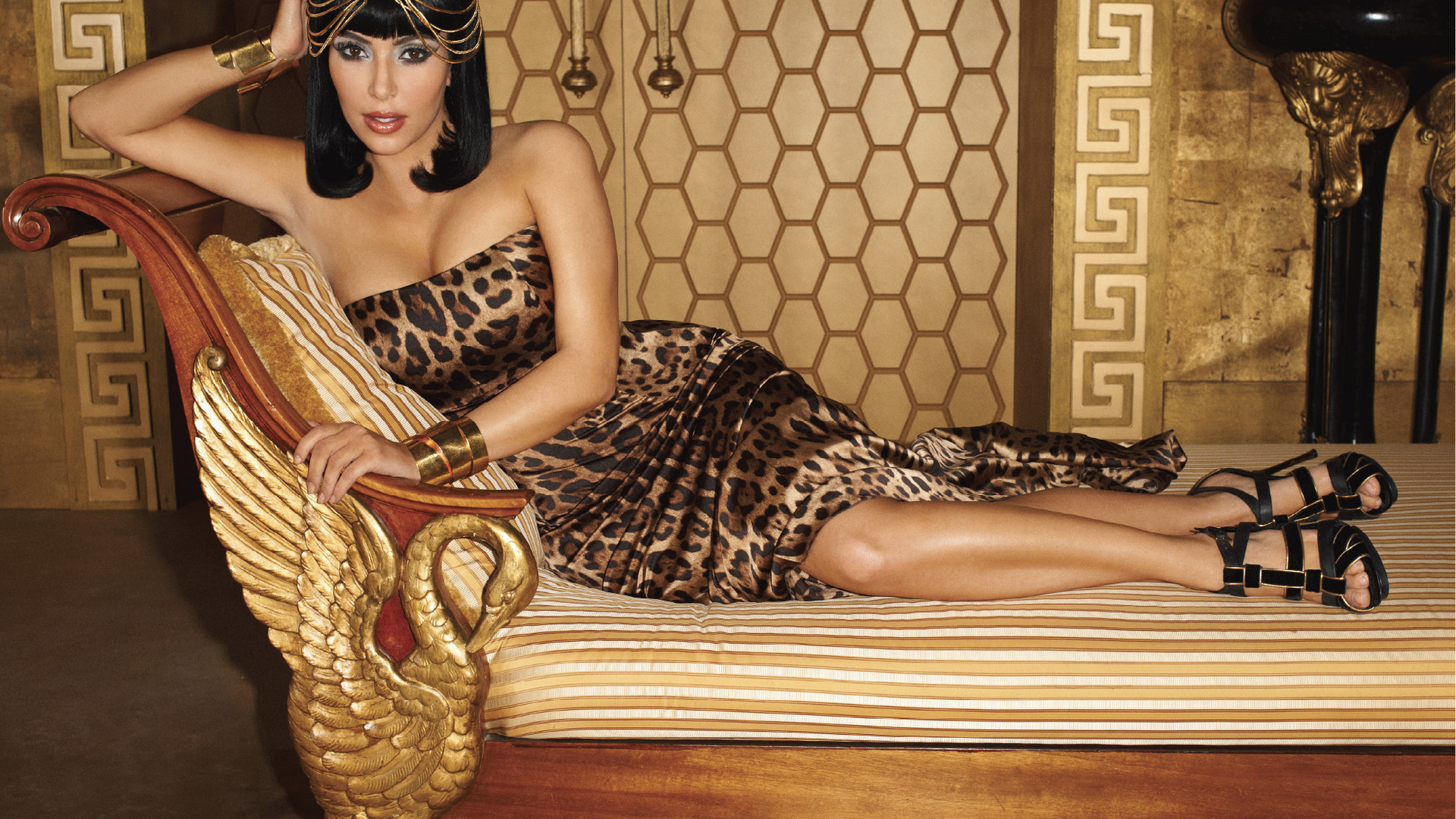 Kim Kardashian As Cleopatra Wallpaper Free Download 1920x1080px