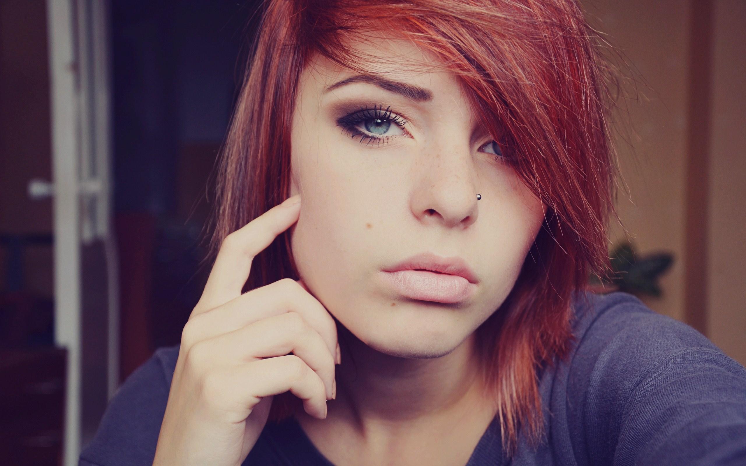 Art Portrait Photo Redhead Girl Close-Up