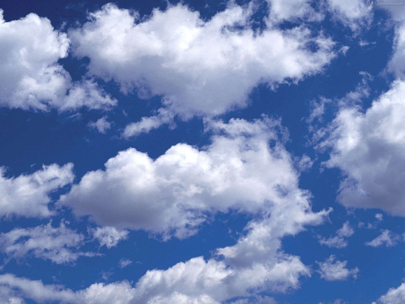 Free Cloud Background