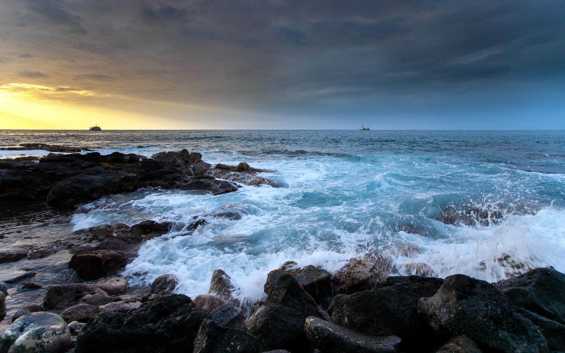 Coast waves surge