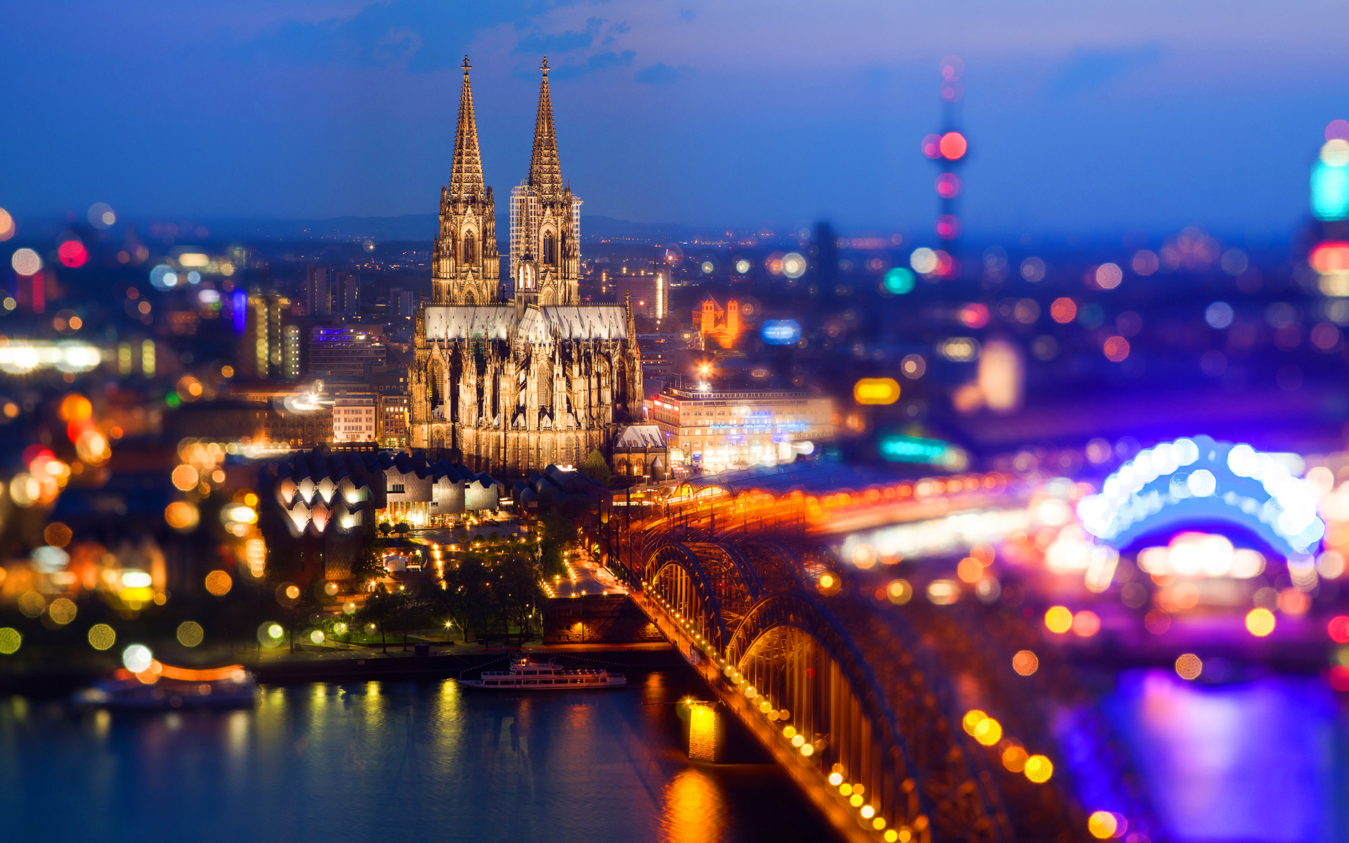 Cologne blurred night