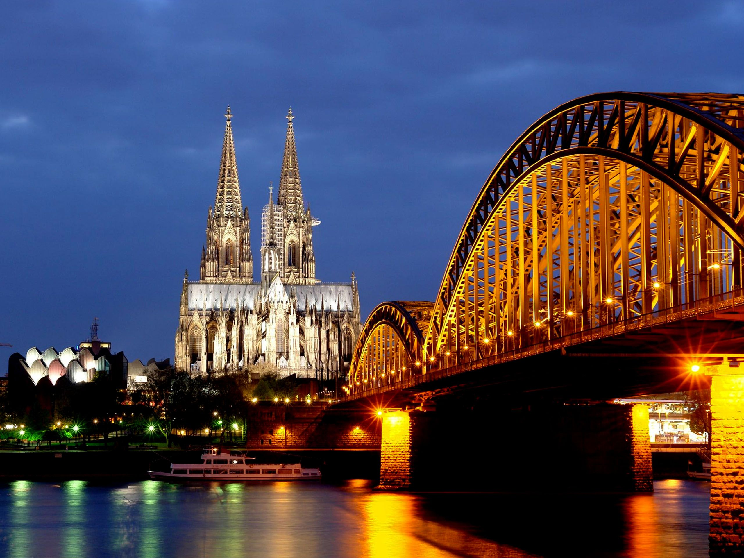 Rhine River, Hohenzollern Bridge, Cologne Cathedral – Deutz, Cologne, Germany