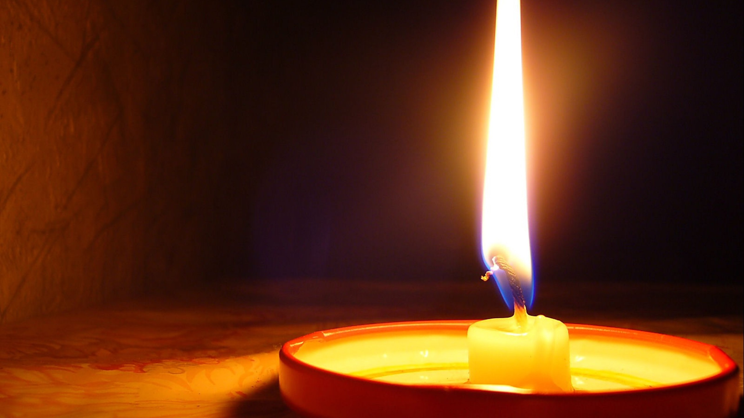 Cool Candle Wallpaper 41075 1680x1050 px