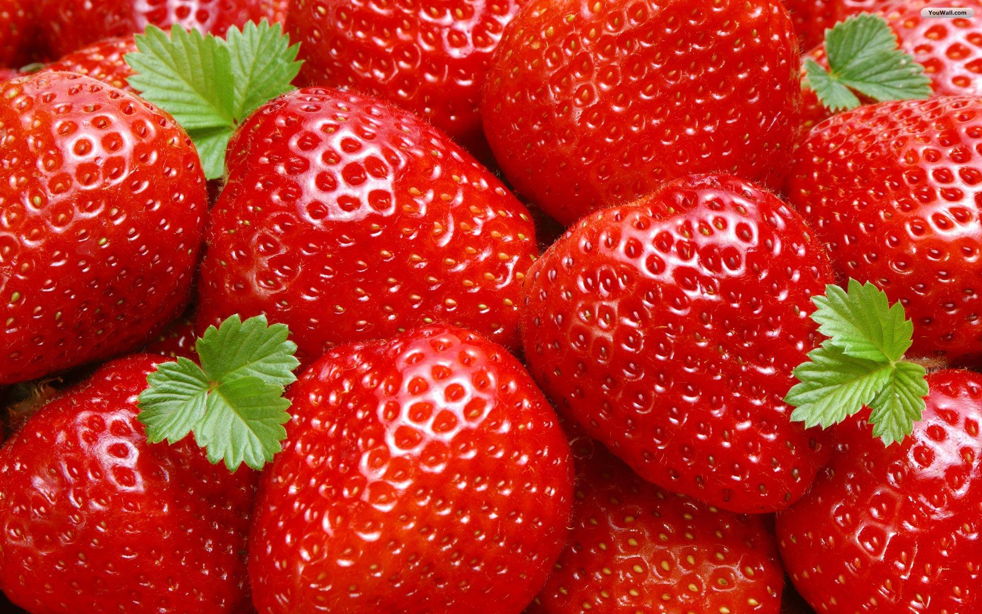 Cool Strawberries Wallpaper