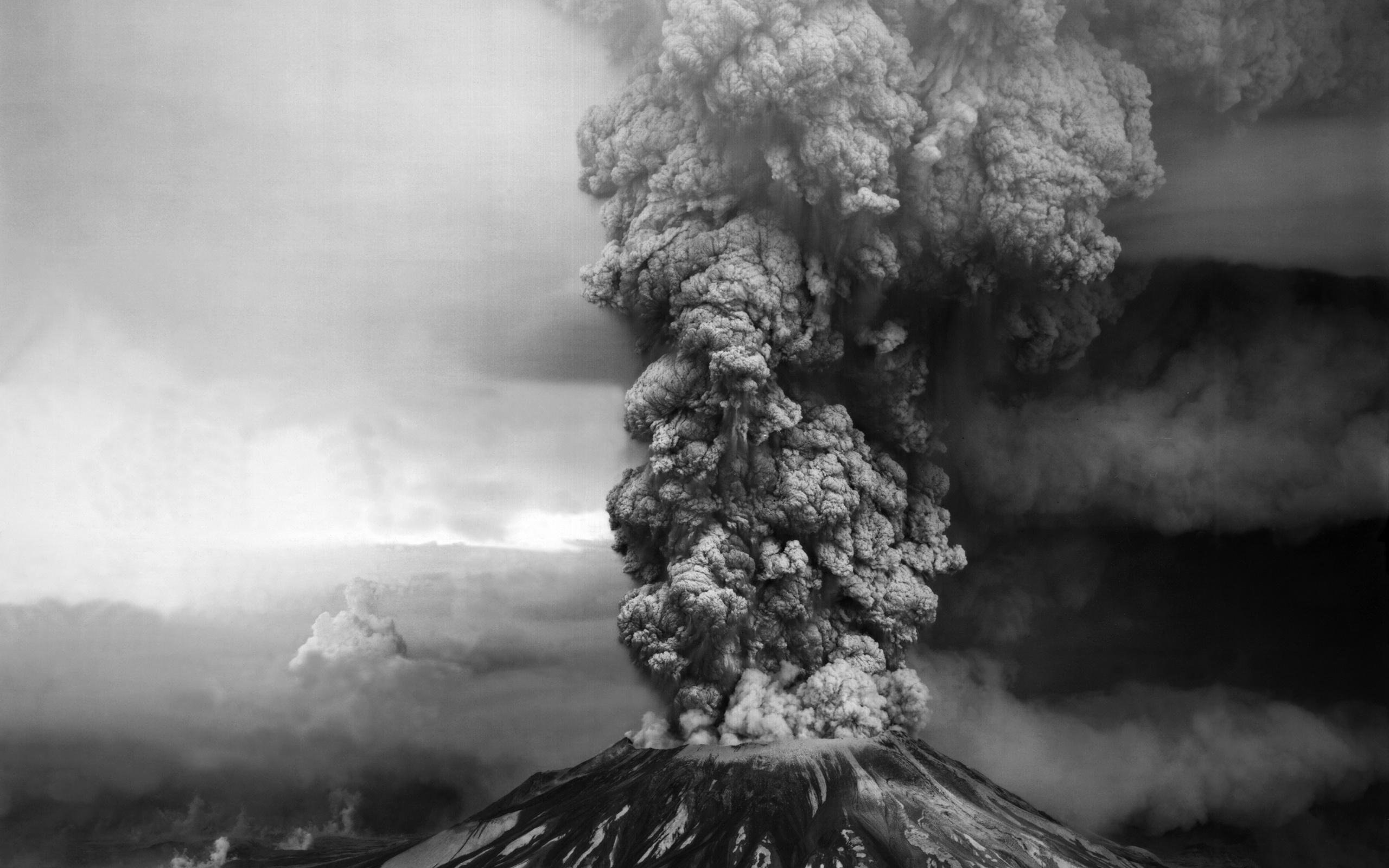 Cool Volcano Smoke Wallpaper