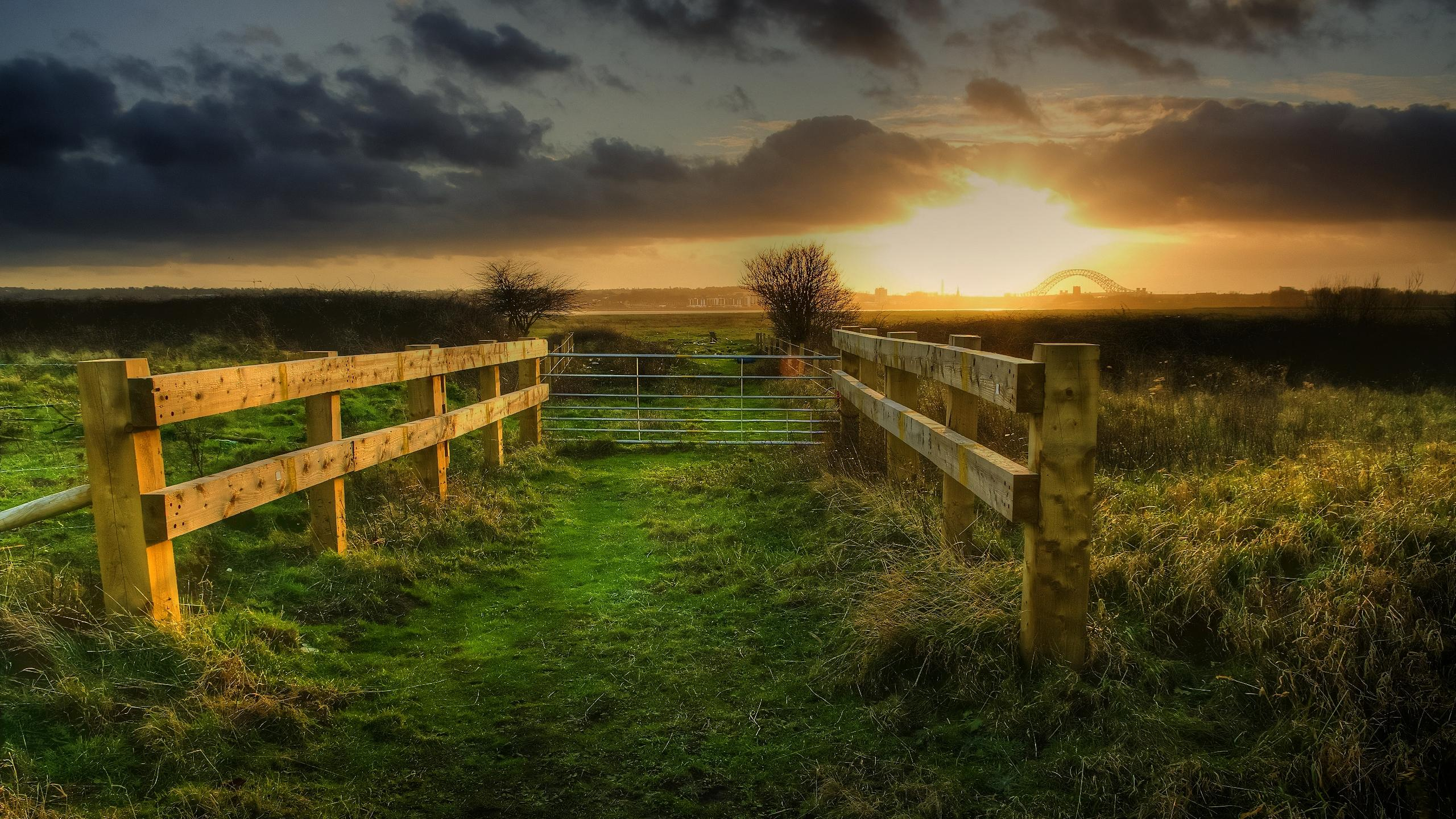 Download Fencing In The Fields wallpaper